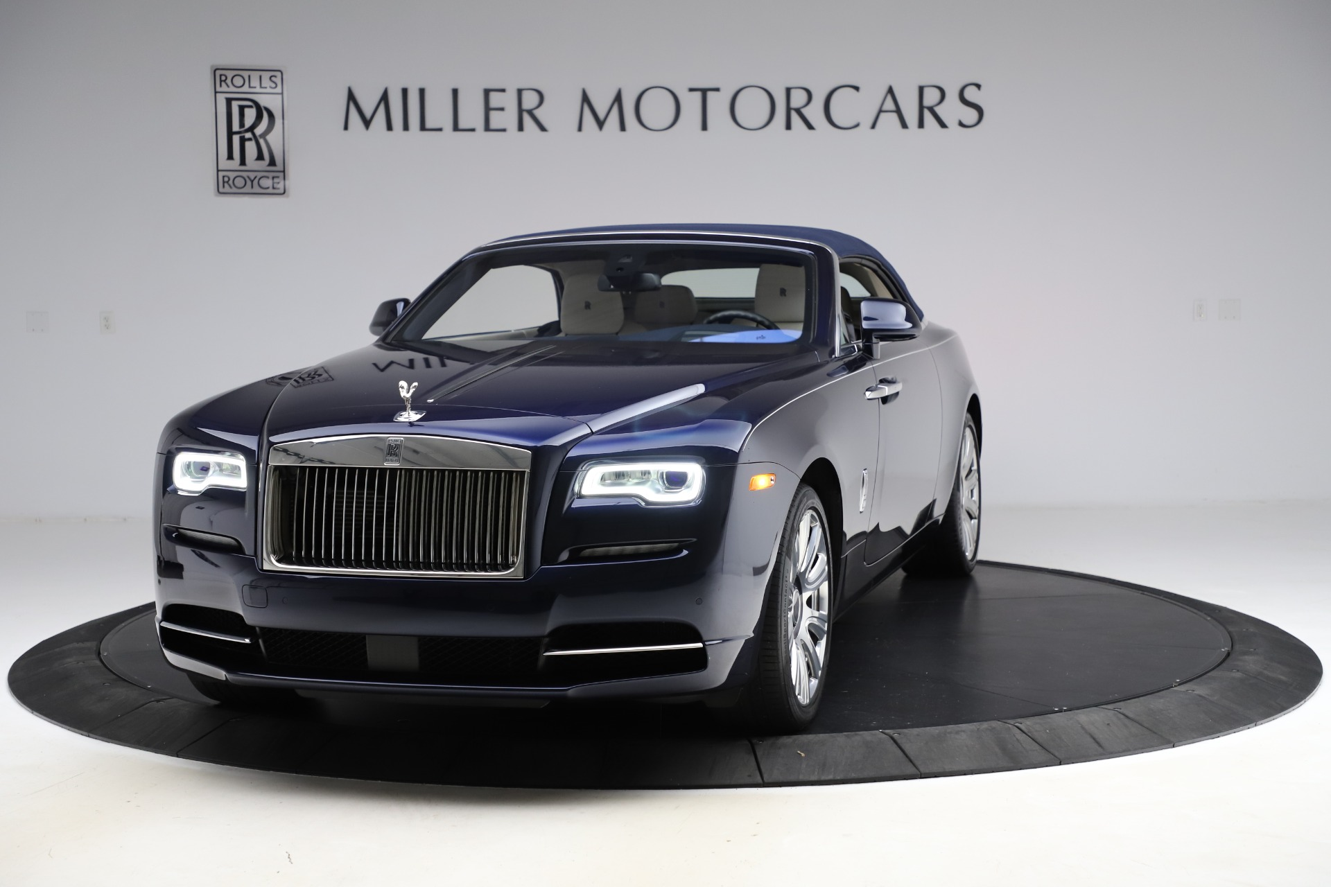Used 2016 Rolls-Royce Dawn  For Sale In Greenwich, CT. Alfa Romeo of Greenwich, R374 553_p14