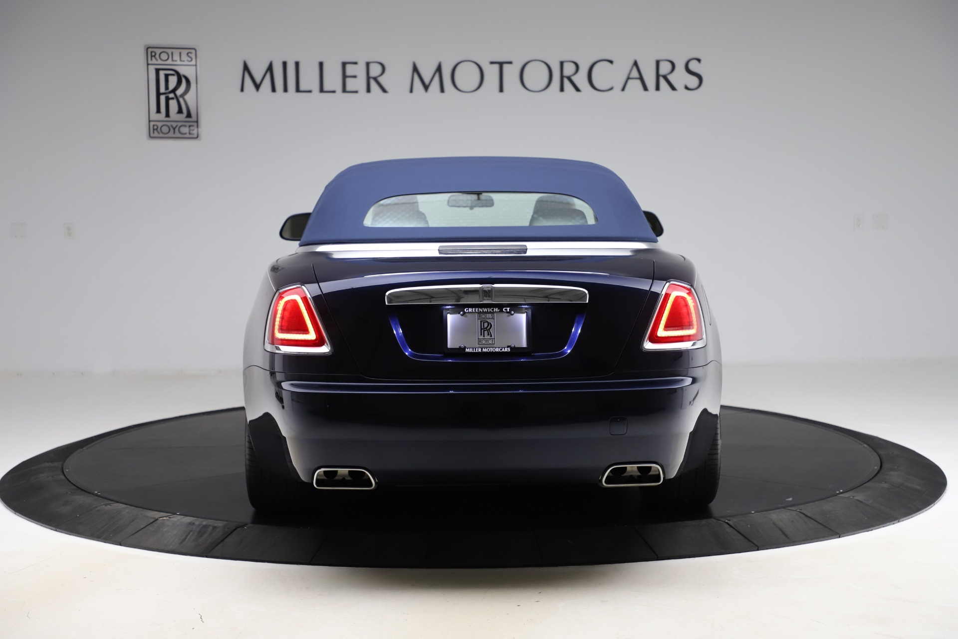 Used 2016 Rolls-Royce Dawn  For Sale In Greenwich, CT. Alfa Romeo of Greenwich, R374 553_p19