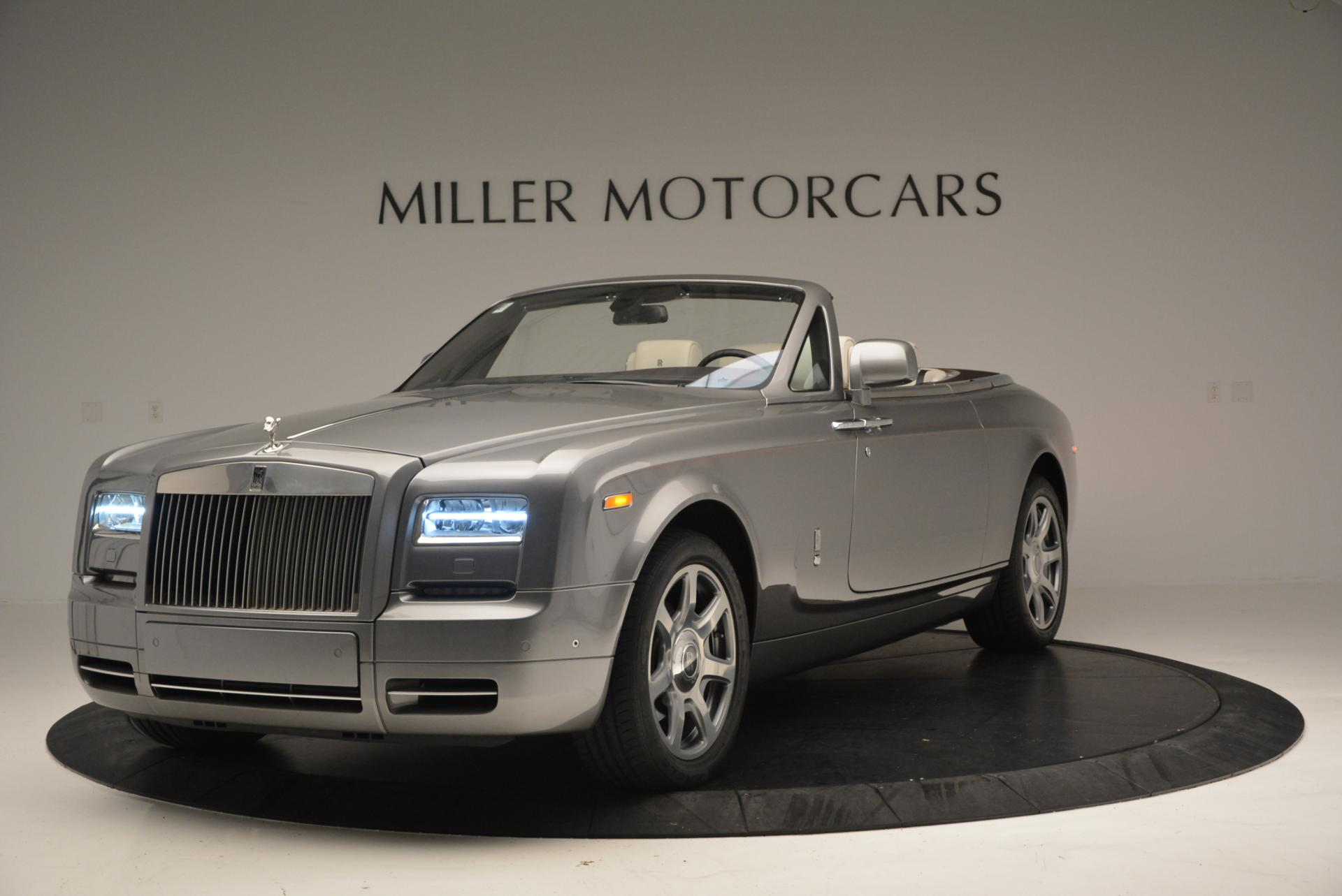 Used 2015 Rolls-Royce Phantom Drophead Coupe  For Sale In Greenwich, CT. Alfa Romeo of Greenwich, R377A 554_p2