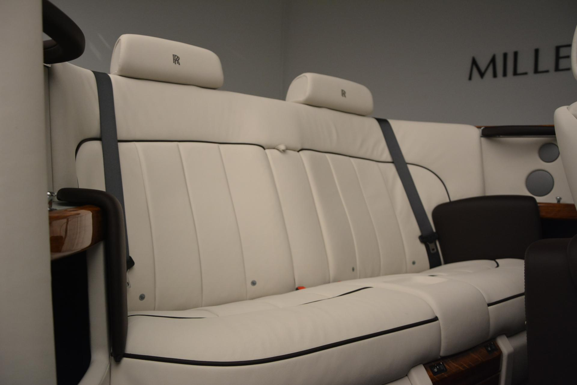 Used 2015 Rolls-Royce Phantom Drophead Coupe  For Sale In Greenwich, CT. Alfa Romeo of Greenwich, R377A 554_p42