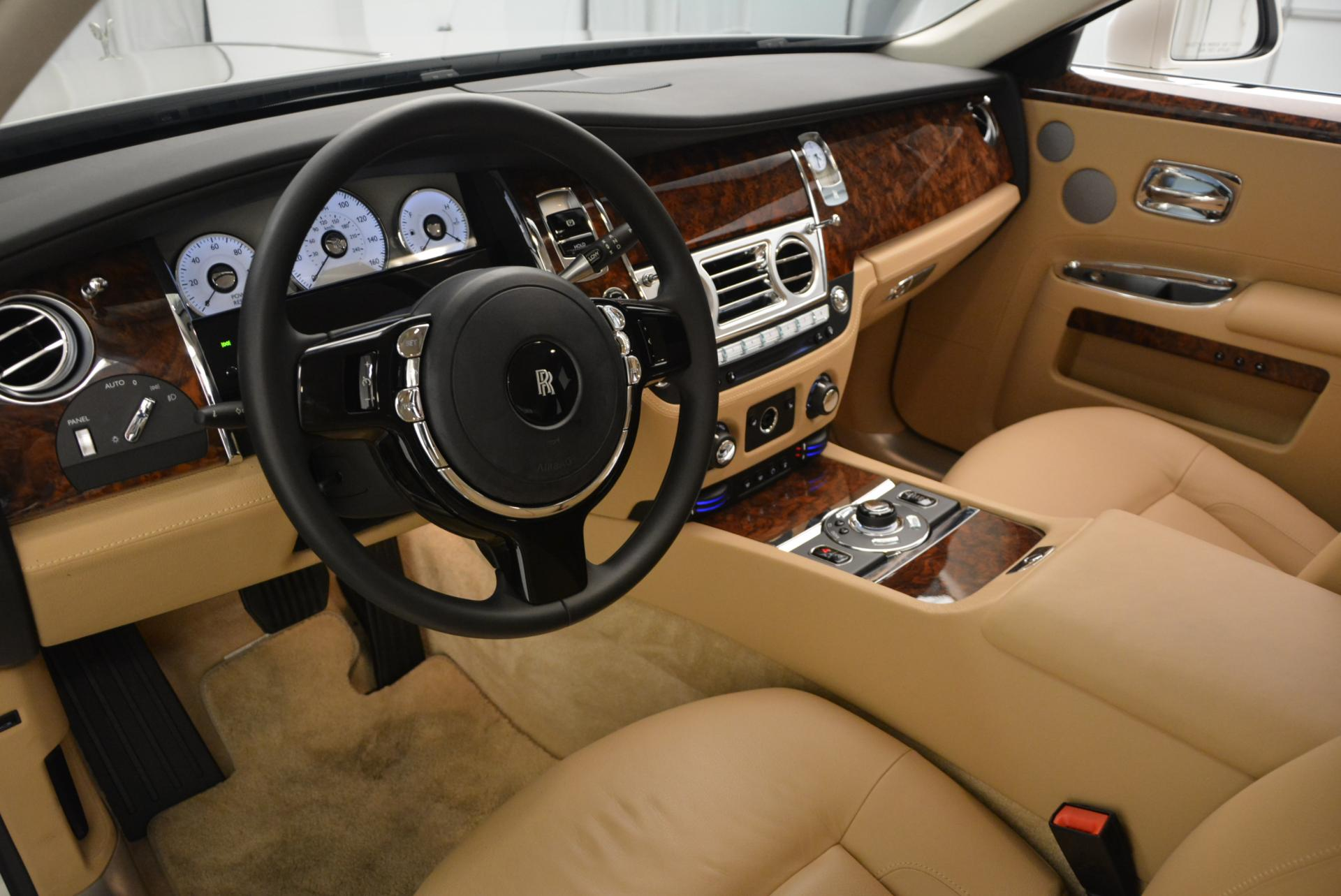 Used 2013 Rolls-Royce Ghost  For Sale In Greenwich, CT. Alfa Romeo of Greenwich, 7052 558_p16