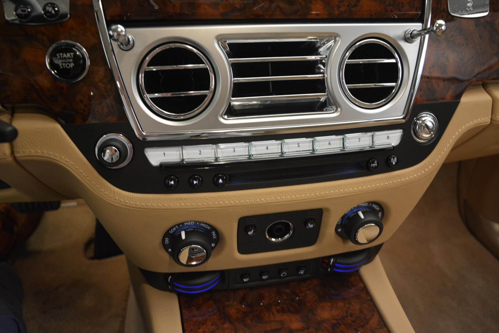 Used 2013 Rolls-Royce Ghost  For Sale In Greenwich, CT. Alfa Romeo of Greenwich, 7052 558_p19