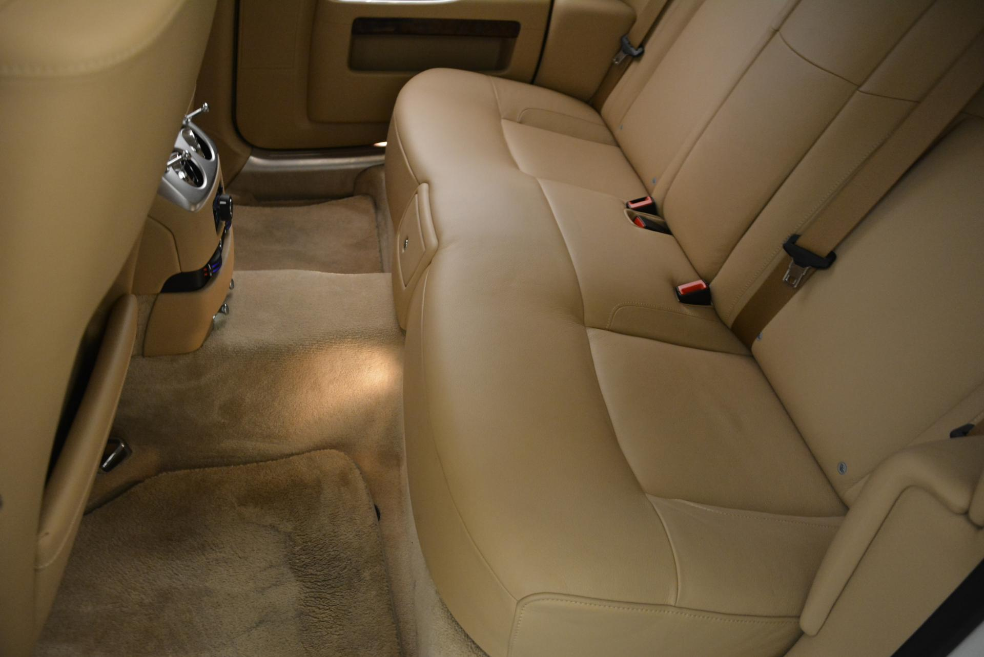 Used 2013 Rolls-Royce Ghost  For Sale In Greenwich, CT. Alfa Romeo of Greenwich, 7052 558_p24