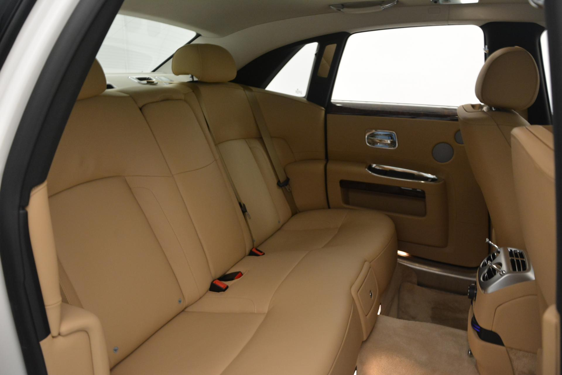Used 2013 Rolls-Royce Ghost  For Sale In Greenwich, CT. Alfa Romeo of Greenwich, 7052 558_p28
