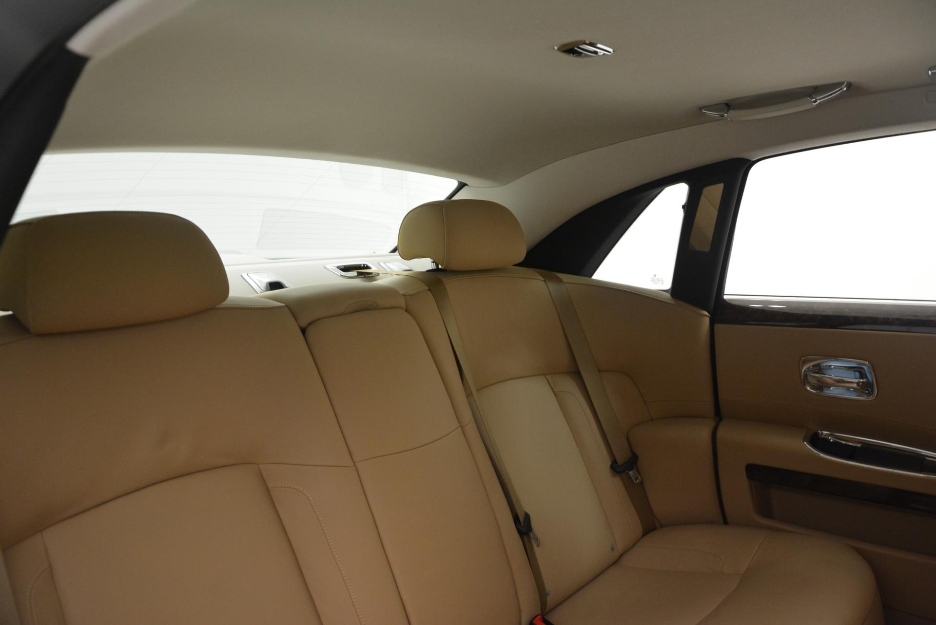 Used 2013 Rolls-Royce Ghost  For Sale In Greenwich, CT. Alfa Romeo of Greenwich, 7052 558_p29