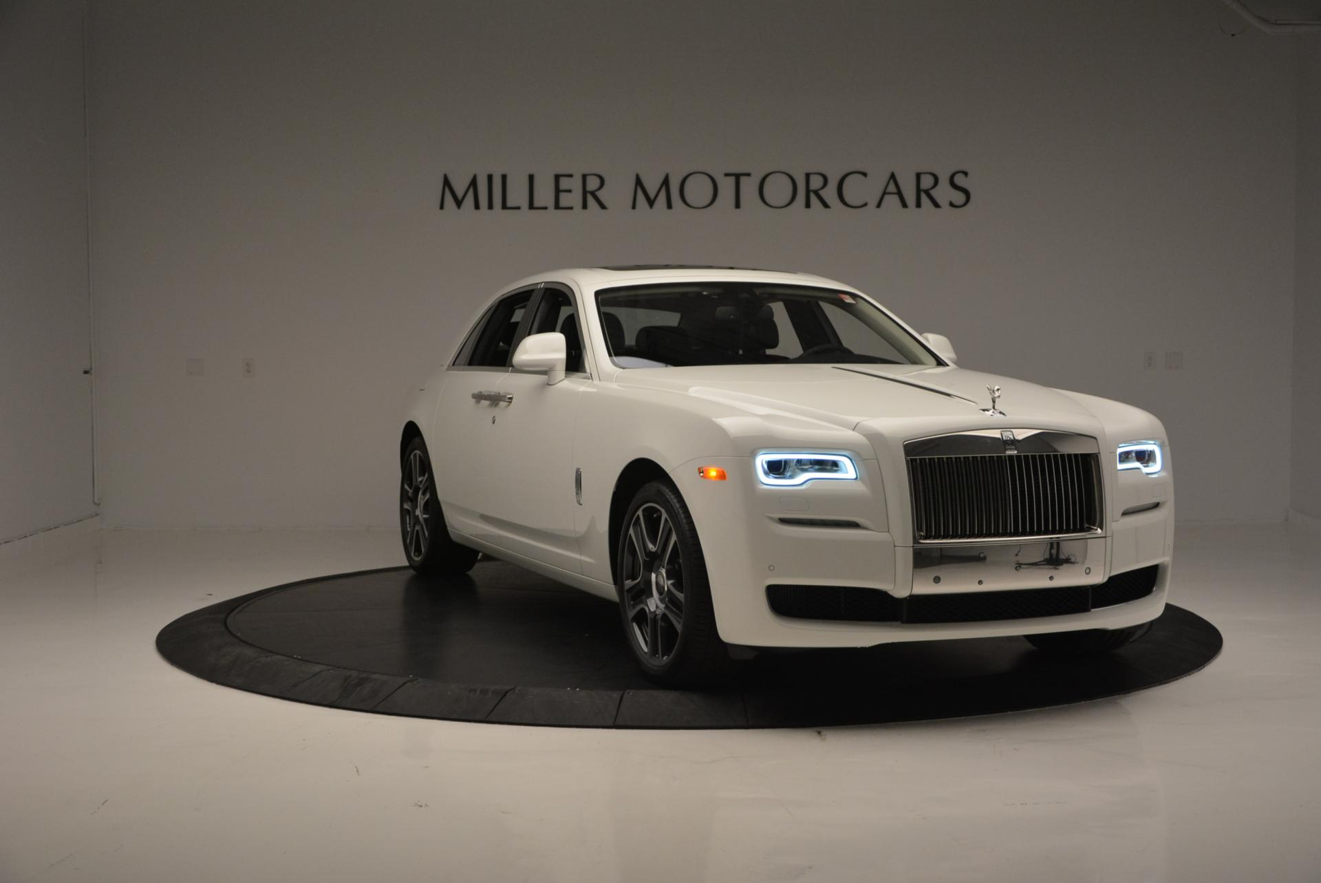 Used 2017 Rolls-Royce Ghost  For Sale In Greenwich, CT. Alfa Romeo of Greenwich, R381 560_p11