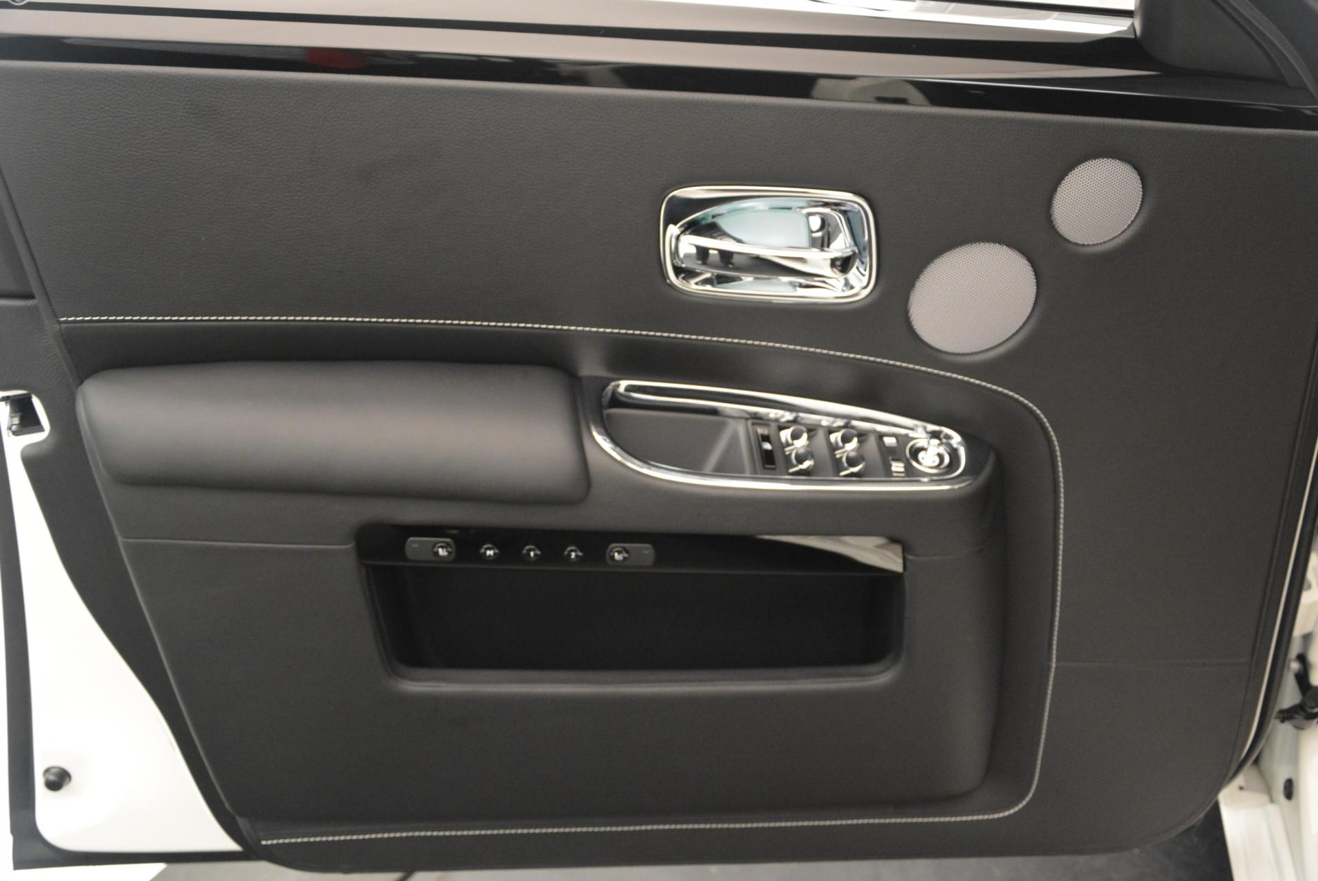 Used 2017 Rolls-Royce Ghost  For Sale In Greenwich, CT. Alfa Romeo of Greenwich, R381 560_p18
