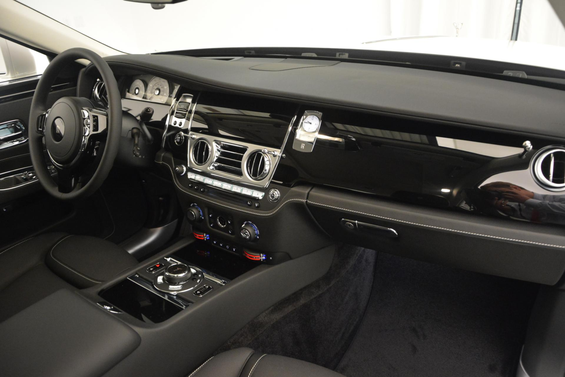 Used 2017 Rolls-Royce Ghost  For Sale In Greenwich, CT. Alfa Romeo of Greenwich, R381 560_p31