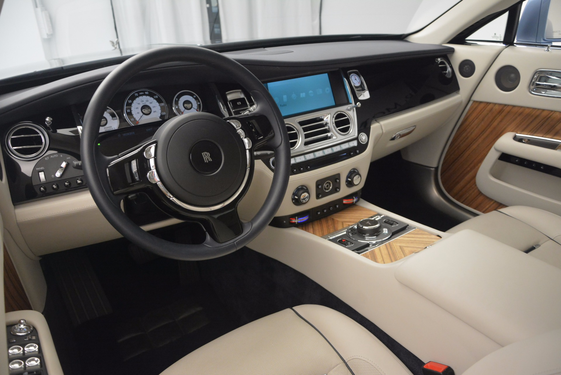 Used 2015 Rolls-Royce Wraith  For Sale In Greenwich, CT. Alfa Romeo of Greenwich, 7199 563_p25
