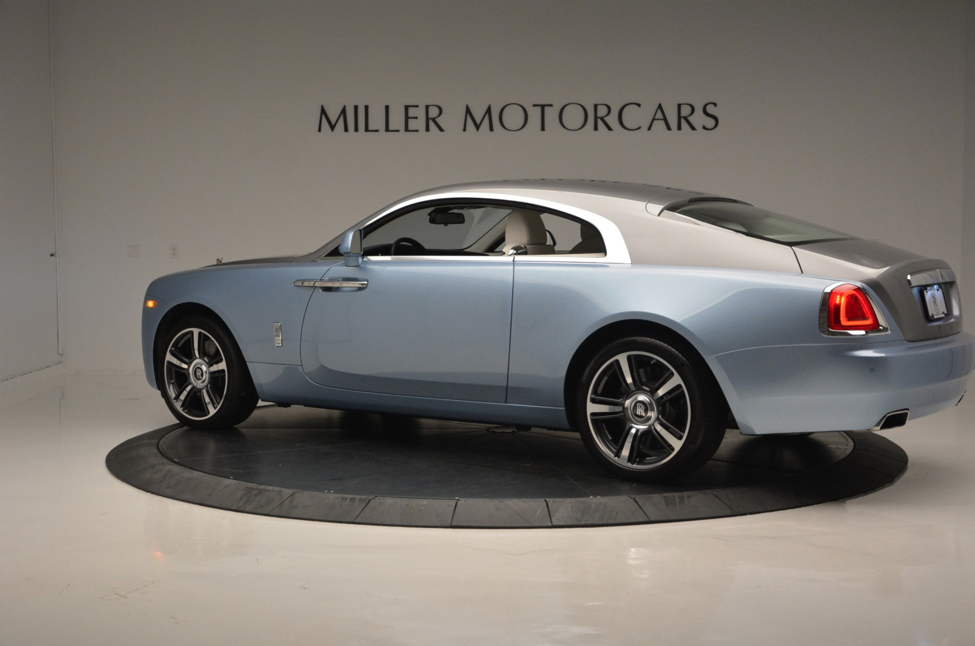Used 2015 Rolls-Royce Wraith  For Sale In Greenwich, CT. Alfa Romeo of Greenwich, 7199 563_p4