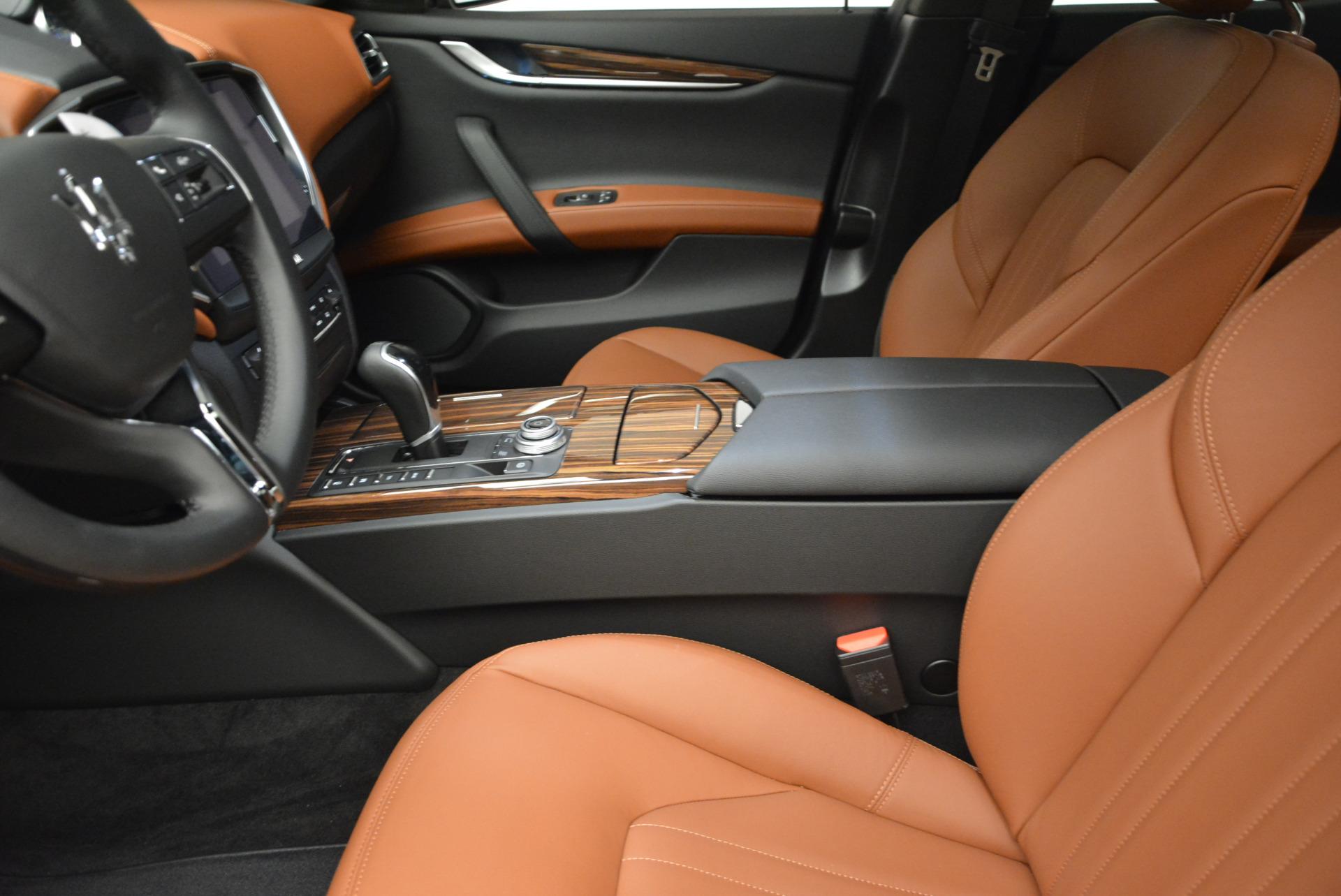 Used 2017 Maserati Ghibli S Q4  EX-LOANER For Sale In Greenwich, CT. Alfa Romeo of Greenwich, W311 565_p14