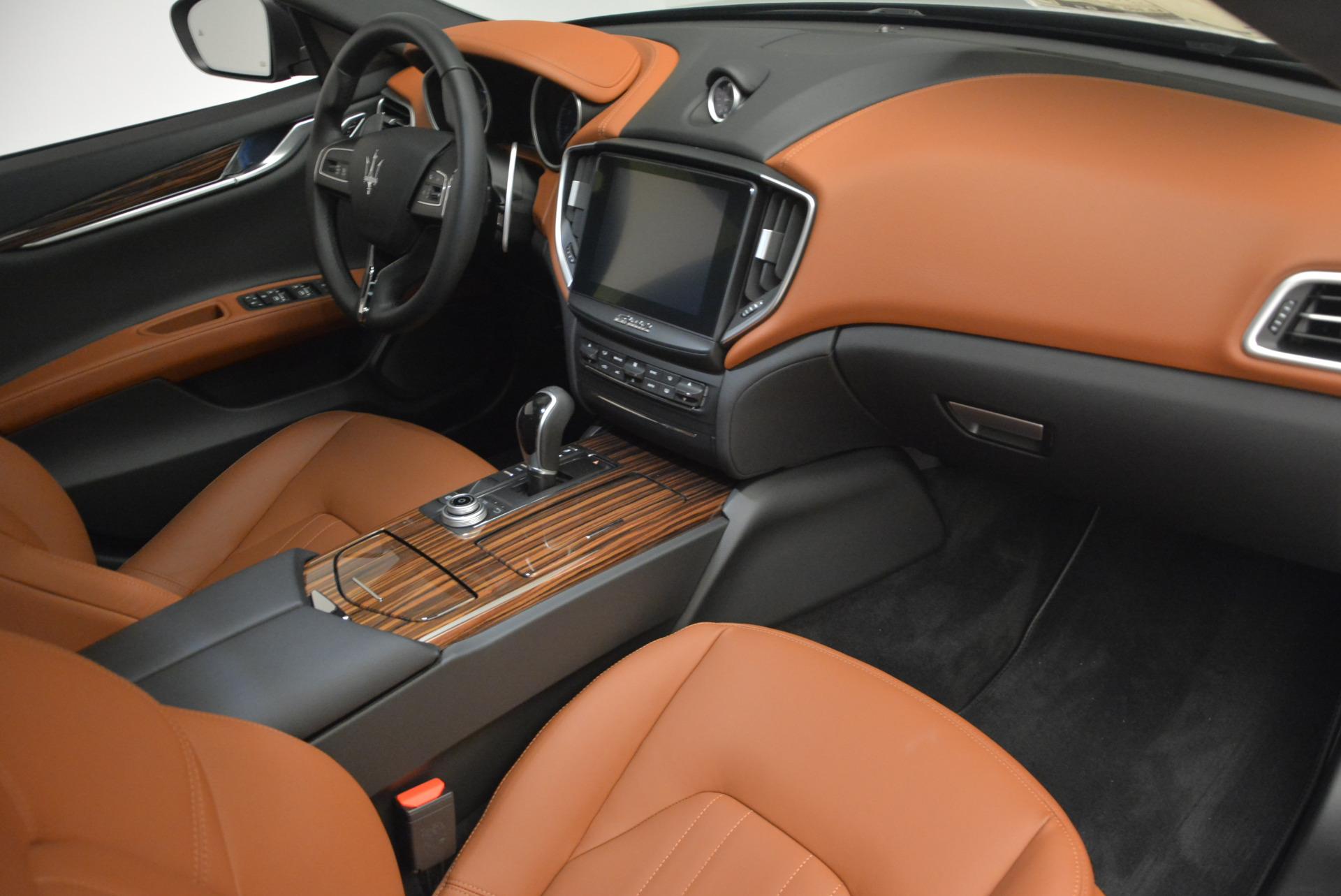 New 2017 Maserati Ghibli S Q4 For Sale In Greenwich, CT. Alfa Romeo of Greenwich, M1665 569_p19