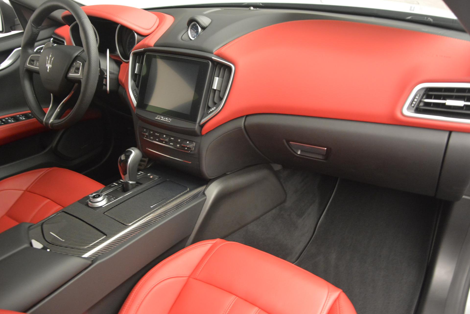 New 2017 Maserati Ghibli S Q4 For Sale In Greenwich, CT. Alfa Romeo of Greenwich, W338 572_p19
