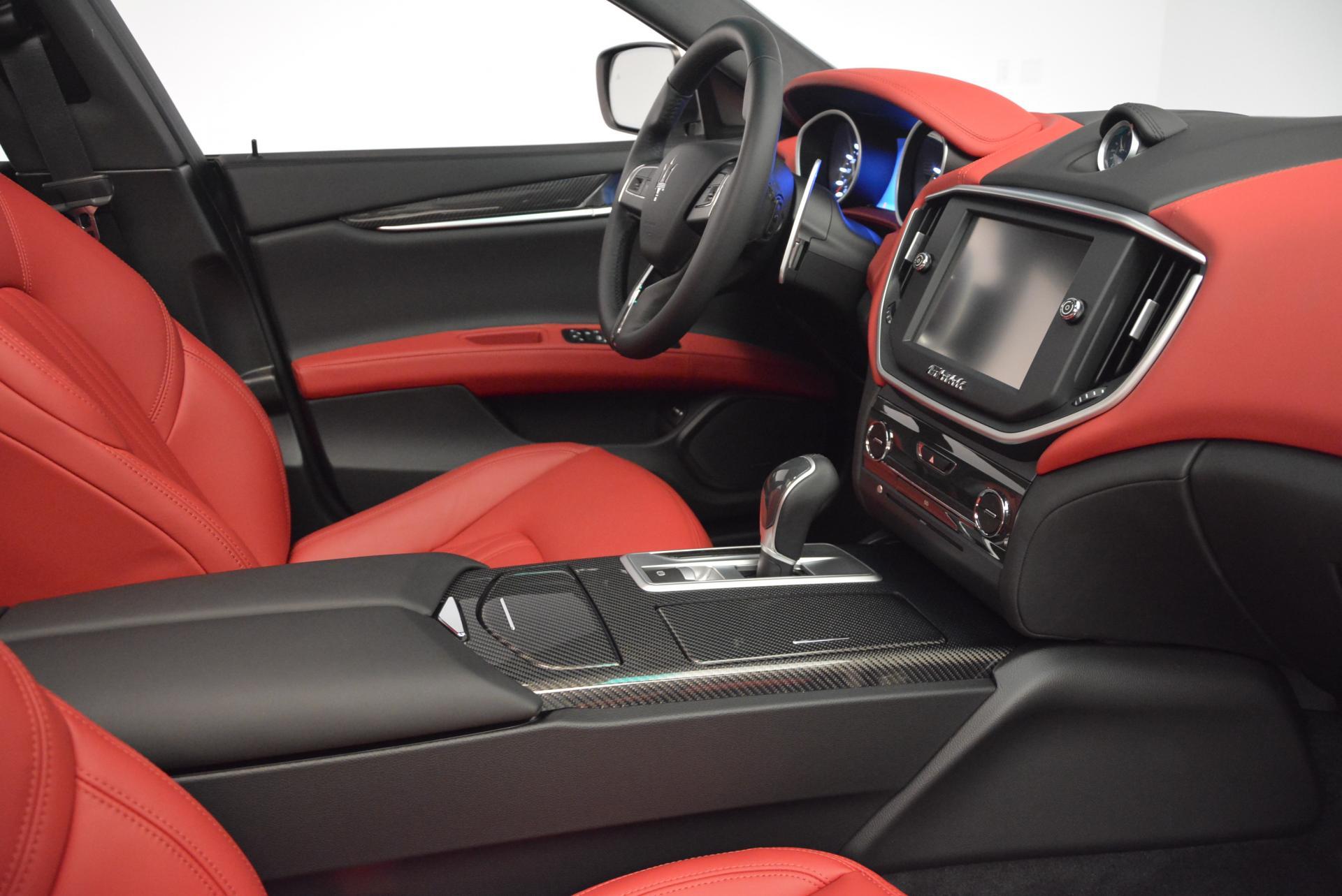 New 2016 Maserati Ghibli S Q4 For Sale In Greenwich, CT. Alfa Romeo of Greenwich, W266 58_p18