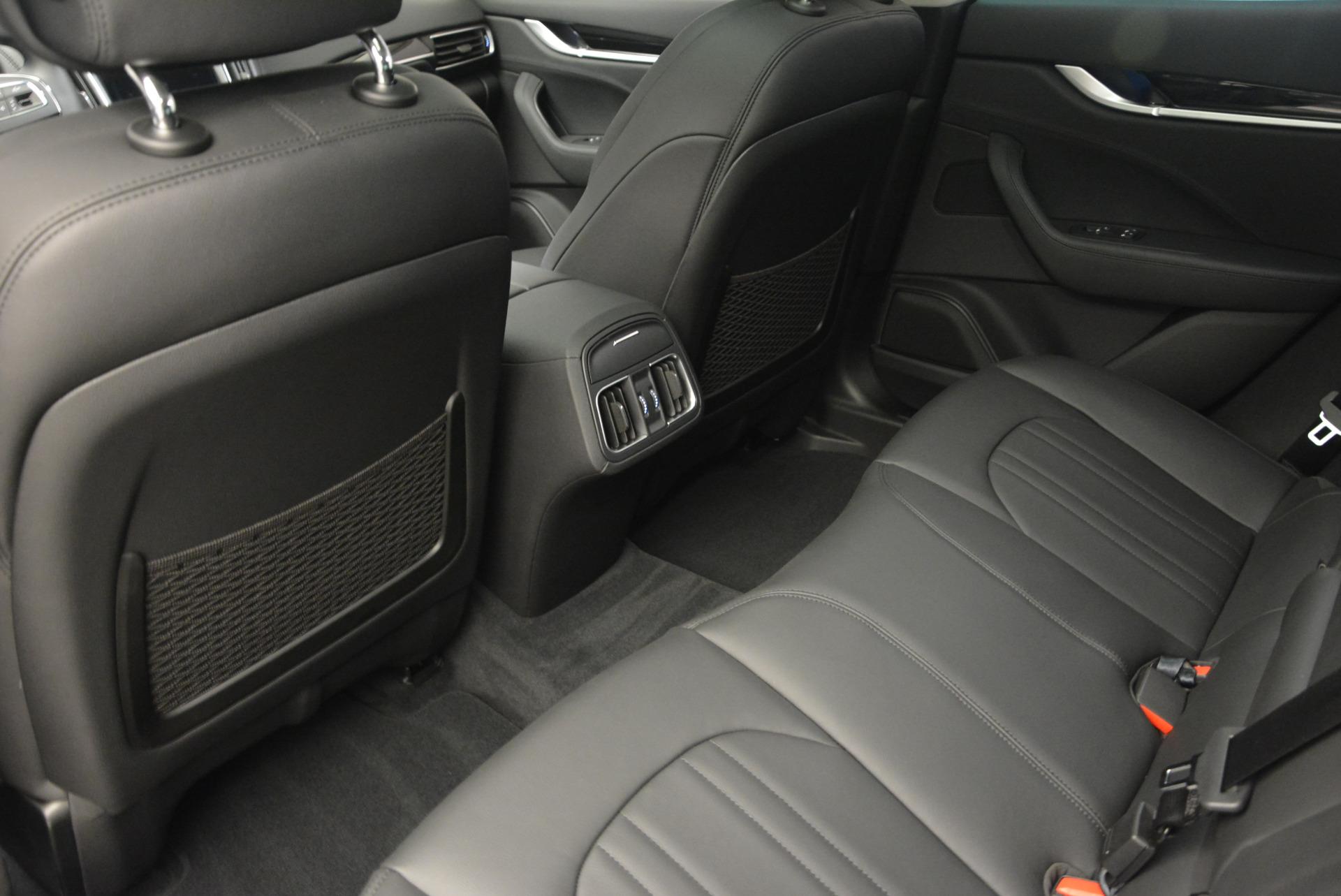 New 2017 Maserati Levante 350hp For Sale In Greenwich, CT. Alfa Romeo of Greenwich, M1679 582_p16