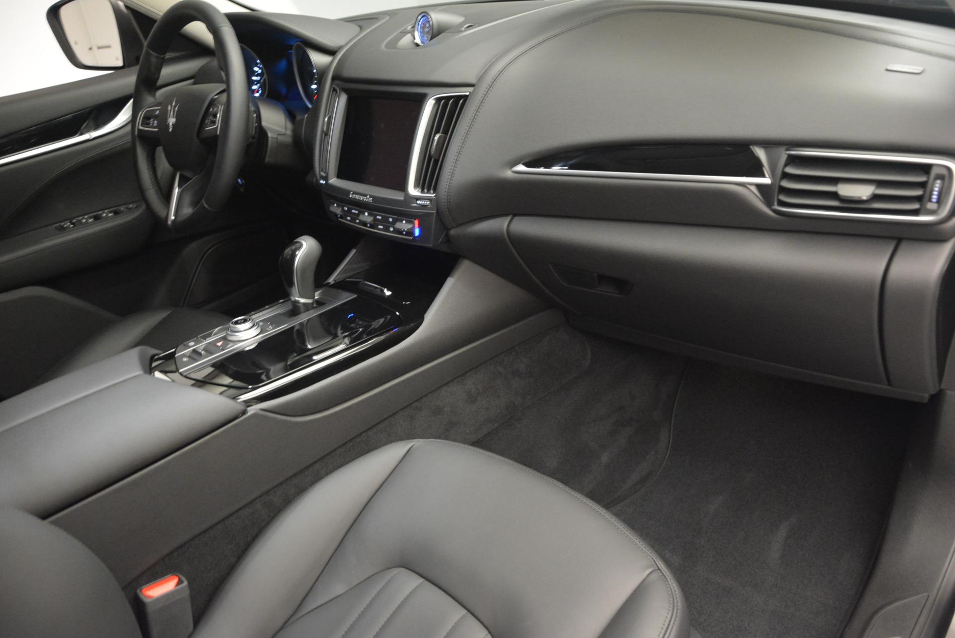 New 2017 Maserati Levante 350hp For Sale In Greenwich, CT. Alfa Romeo of Greenwich, M1679 582_p19