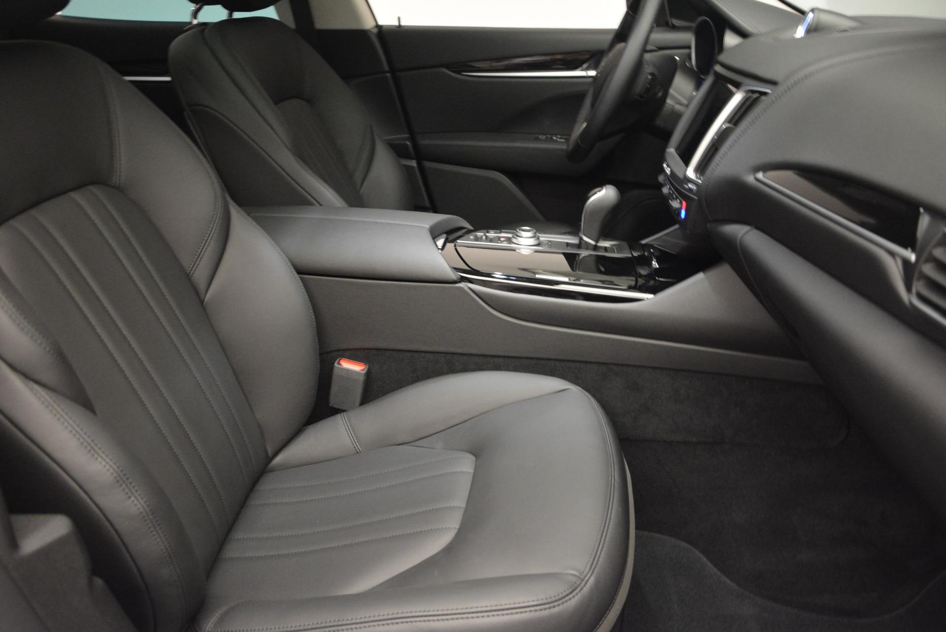 New 2017 Maserati Levante 350hp For Sale In Greenwich, CT. Alfa Romeo of Greenwich, M1679 582_p20