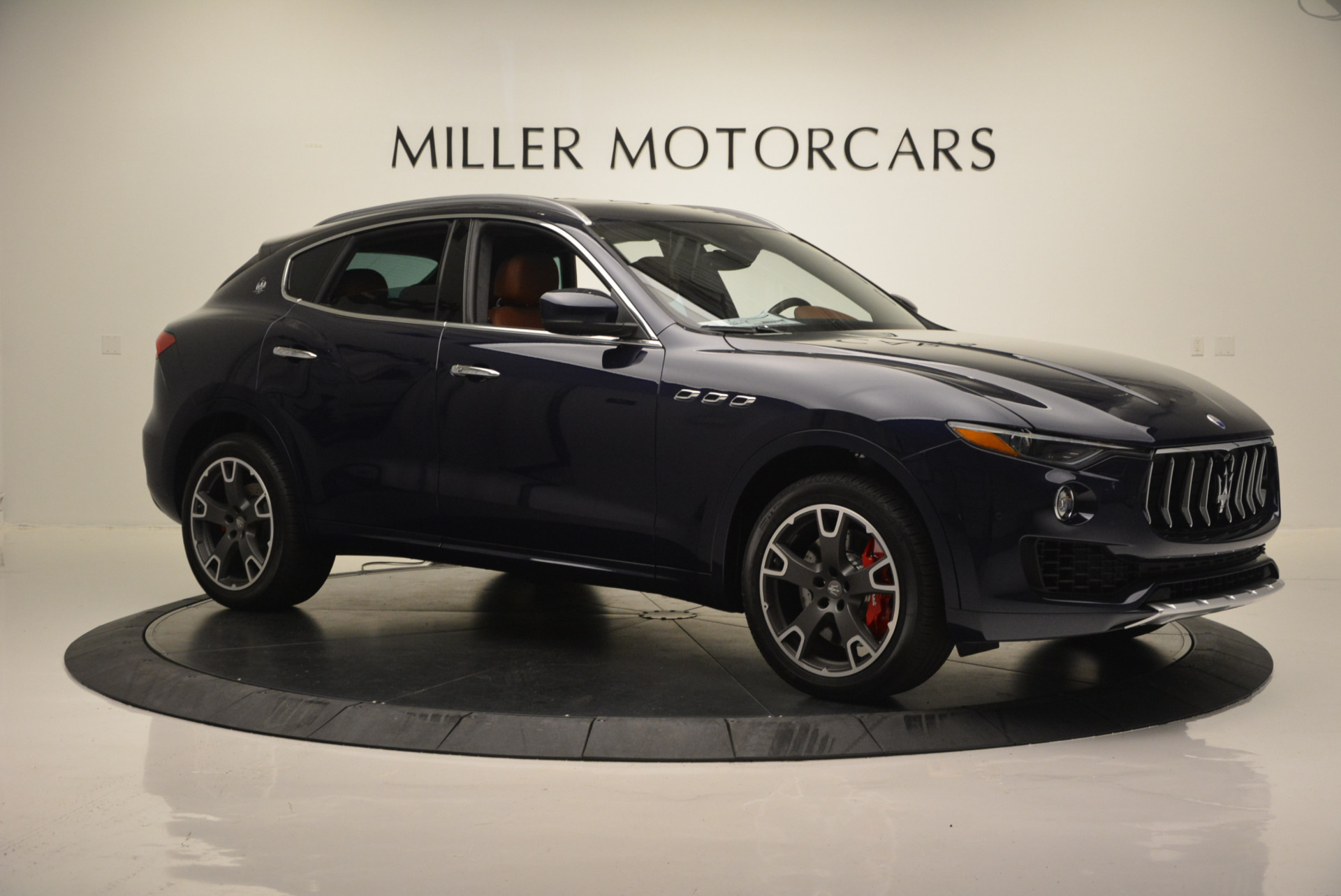 New 2017 Maserati Levante S For Sale In Greenwich, CT. Alfa Romeo of Greenwich, W315 591_p11