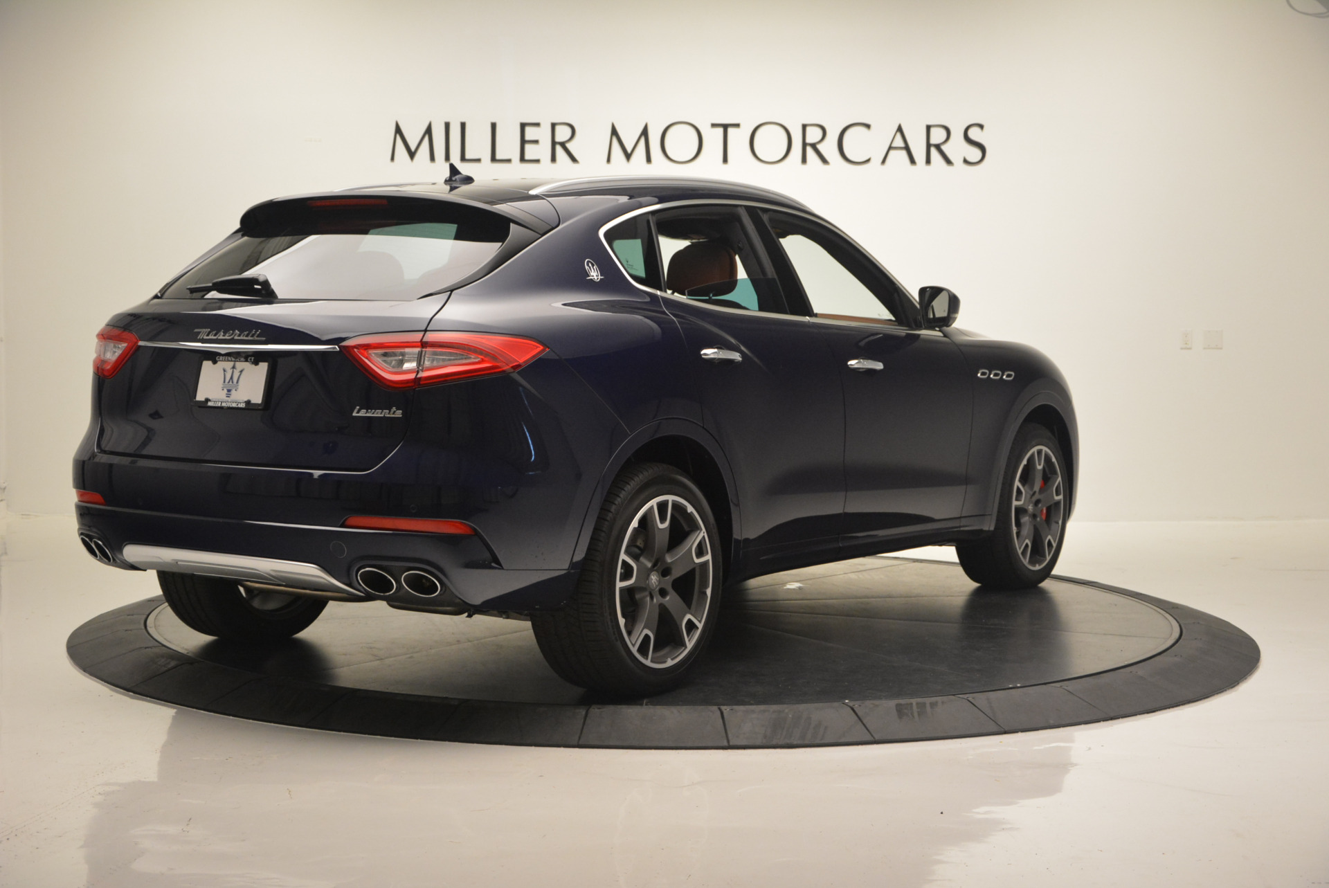 New 2017 Maserati Levante S For Sale In Greenwich, CT. Alfa Romeo of Greenwich, W315 591_p9