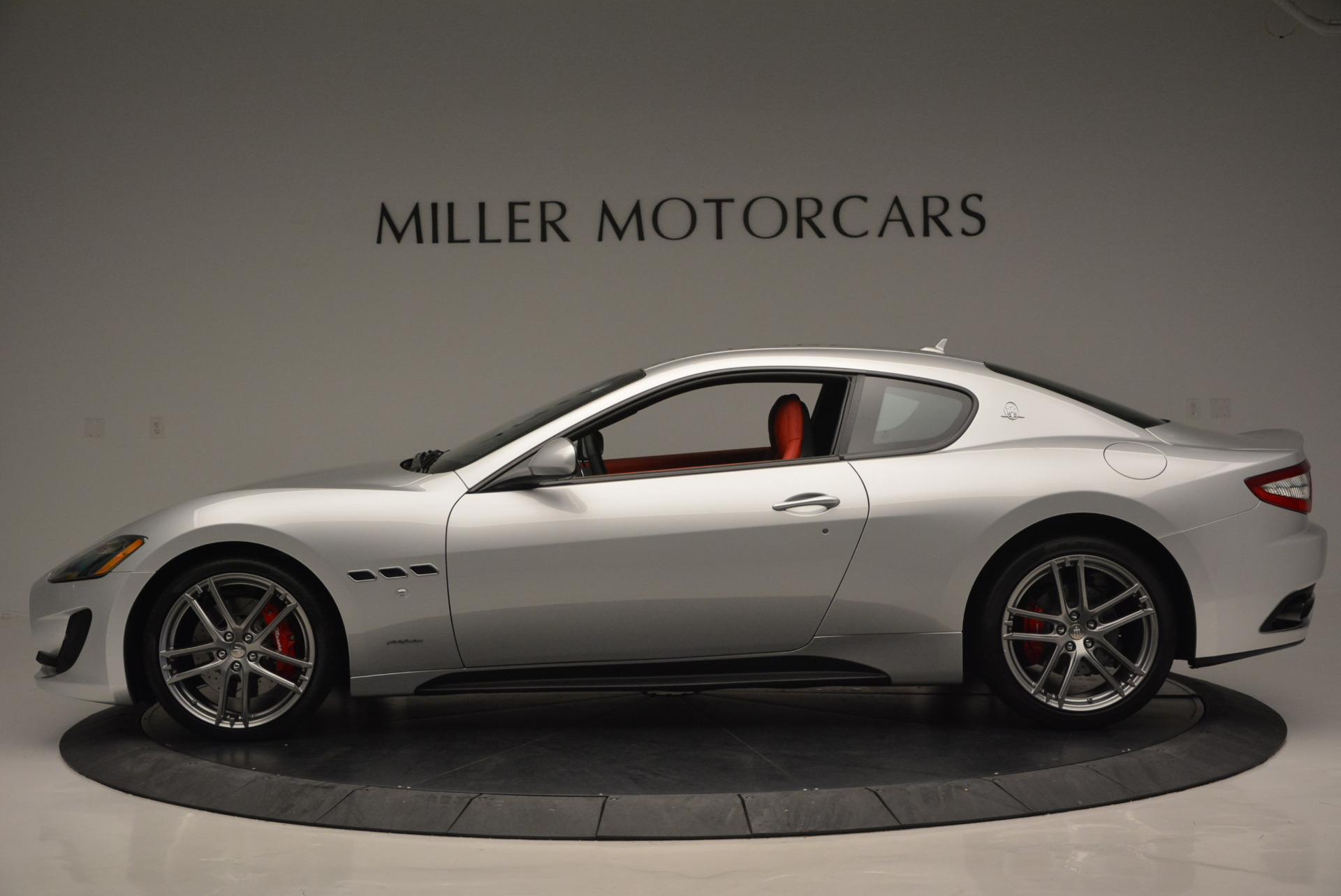 New 2017 Maserati GranTurismo Sport For Sale In Greenwich, CT. Alfa Romeo of Greenwich, W306 594_p3