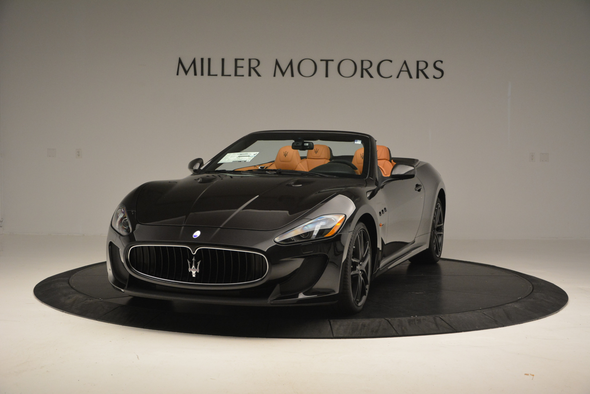 New 2017 Maserati GranTurismo MC CONVERTIBLE For Sale In Greenwich, CT. Alfa Romeo of Greenwich, M1652 596_main