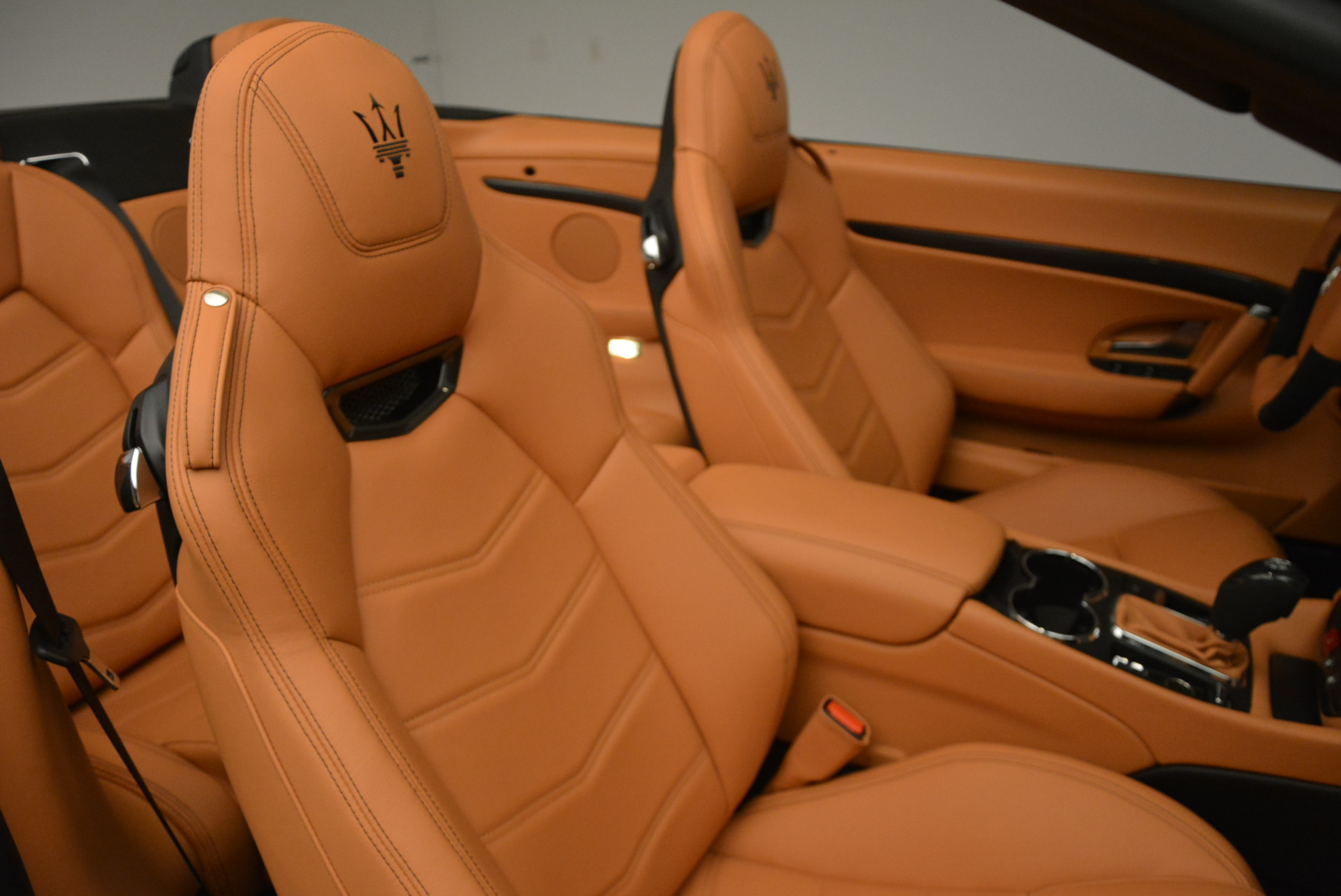 New 2017 Maserati GranTurismo MC CONVERTIBLE For Sale In Greenwich, CT. Alfa Romeo of Greenwich, M1652 596_p29