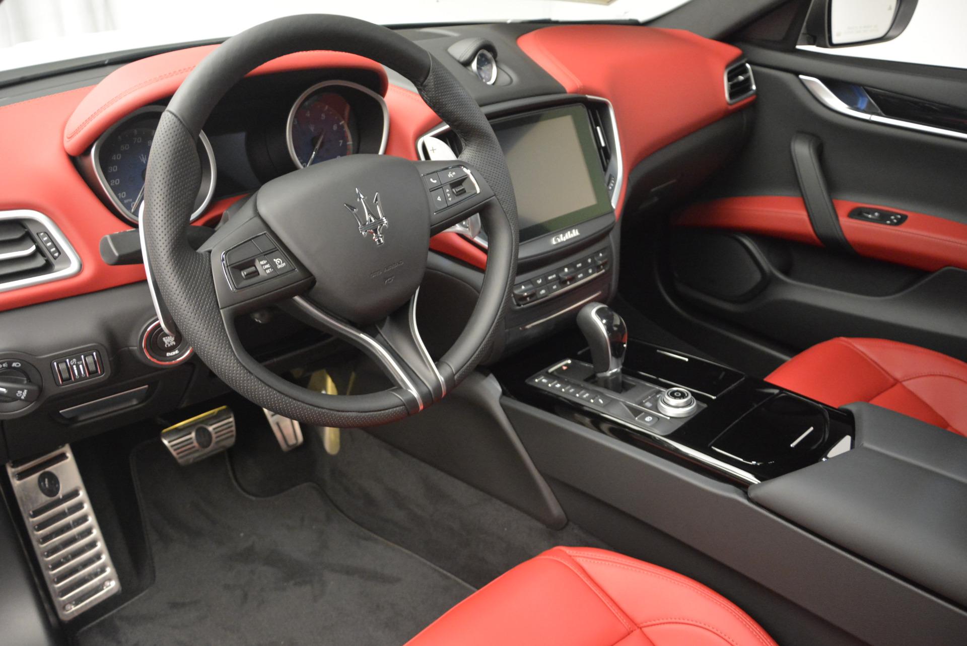 New 2017 Maserati Ghibli S Q4 For Sale In Greenwich, CT. Alfa Romeo of Greenwich, M1684 599_p13