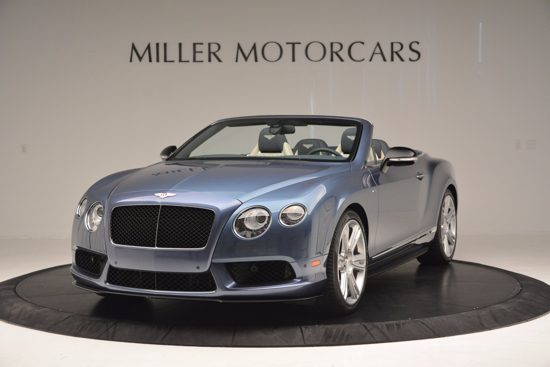 Used 2014 Bentley Continental GT V8 S Convertible  For Sale In Greenwich, CT. Alfa Romeo of Greenwich, B1177A