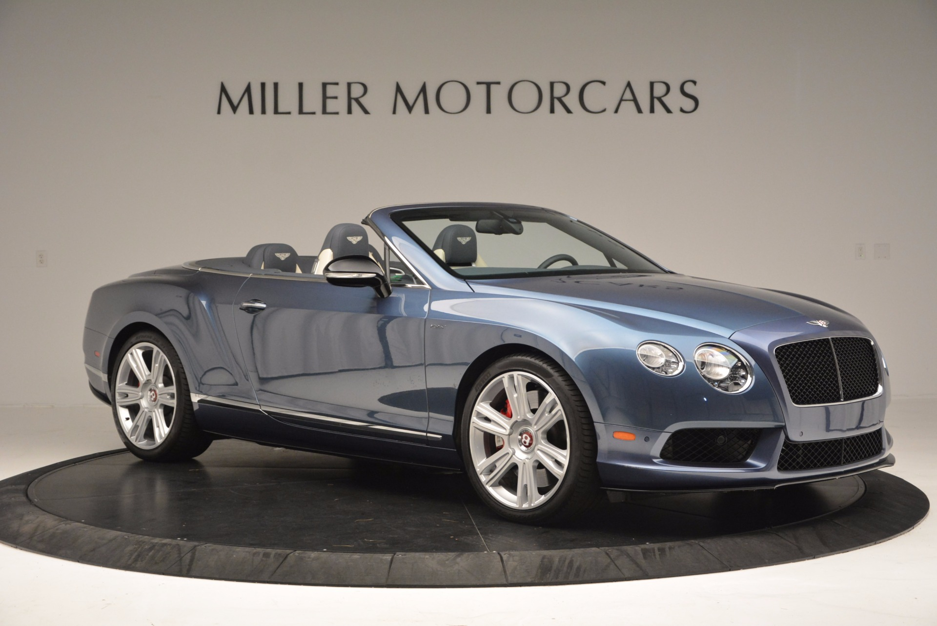 Used 2014 Bentley Continental GT V8 S Convertible  For Sale In Greenwich, CT. Alfa Romeo of Greenwich, B1177A 600_p10
