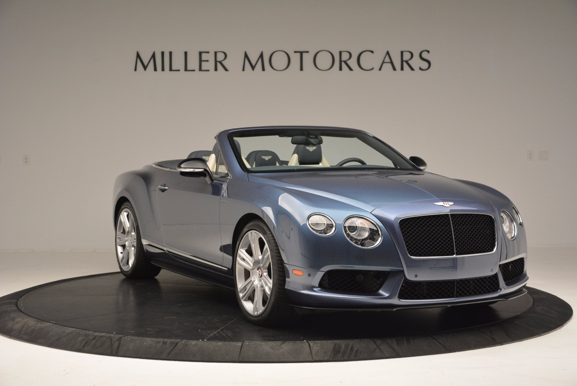 Used 2014 Bentley Continental GT V8 S Convertible  For Sale In Greenwich, CT. Alfa Romeo of Greenwich, B1177A 600_p11
