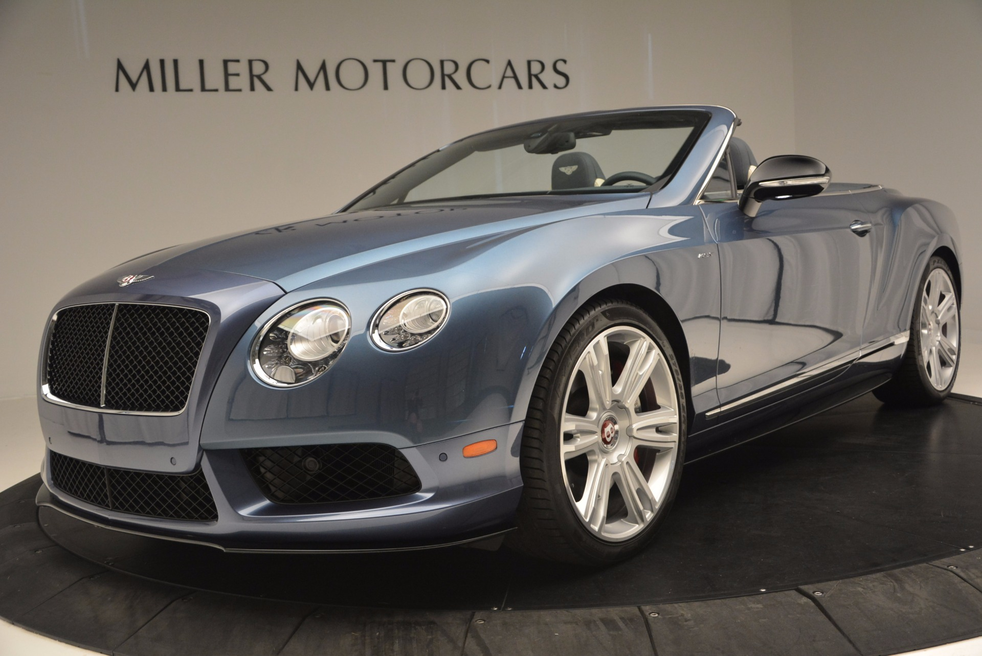 Used 2014 Bentley Continental GT V8 S Convertible  For Sale In Greenwich, CT. Alfa Romeo of Greenwich, B1177A 600_p24