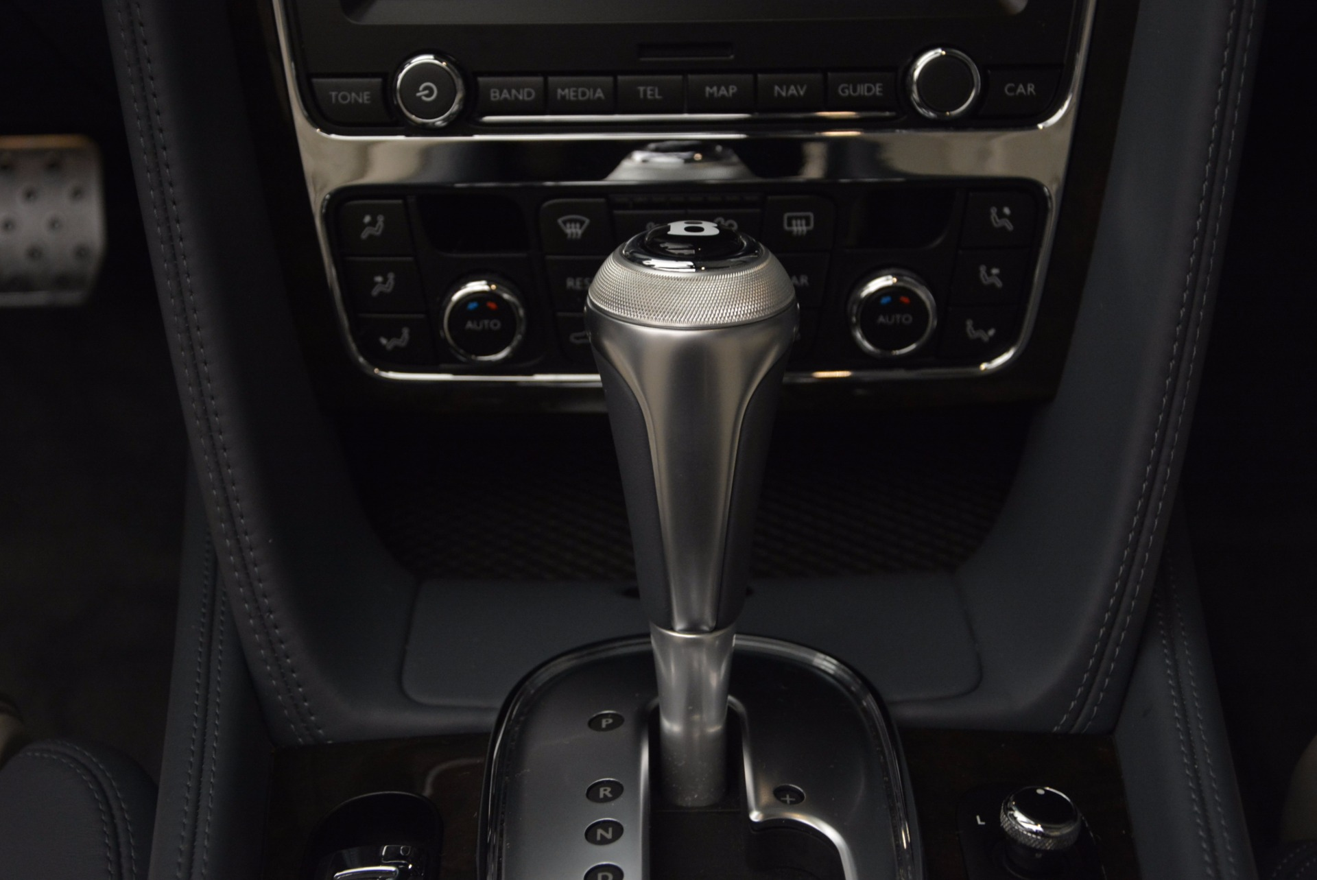 Used 2014 Bentley Continental GT V8 S Convertible  For Sale In Greenwich, CT. Alfa Romeo of Greenwich, B1177A 600_p40