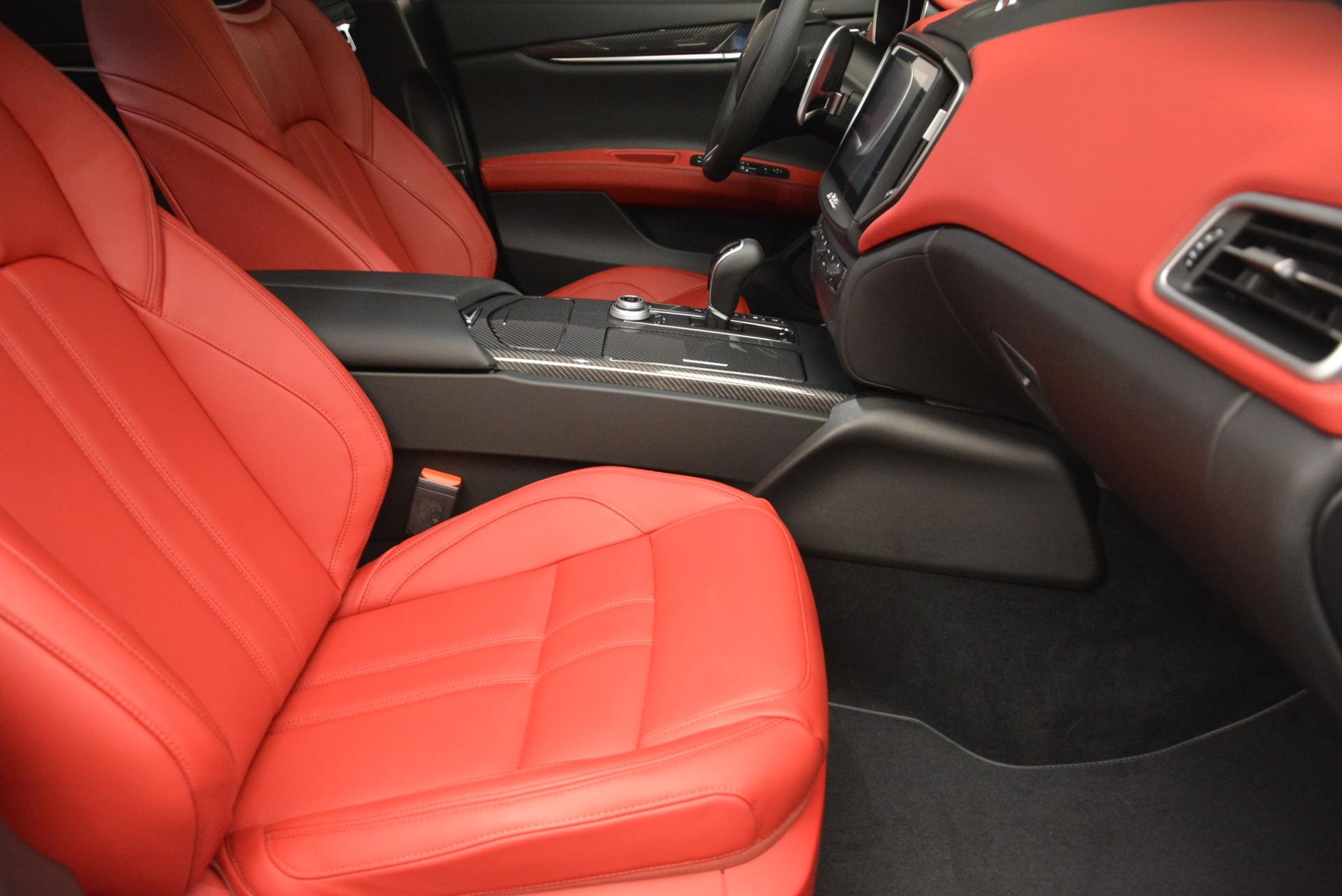 New 2017 Maserati Ghibli S Q4 For Sale In Greenwich, CT. Alfa Romeo of Greenwich, M1691 607_p20