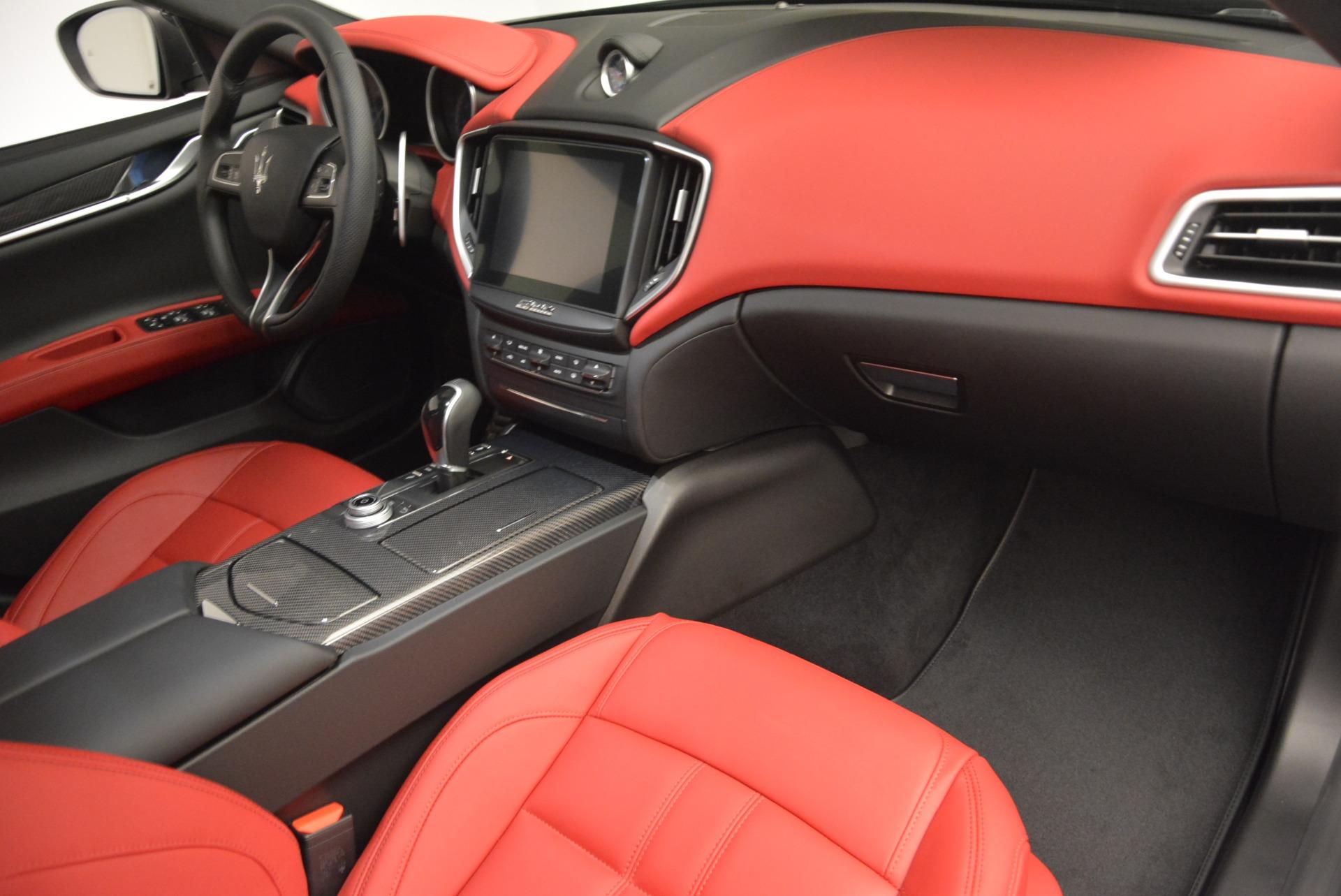 New 2017 Maserati Ghibli S Q4 For Sale In Greenwich, CT. Alfa Romeo of Greenwich, M1687 610_p26