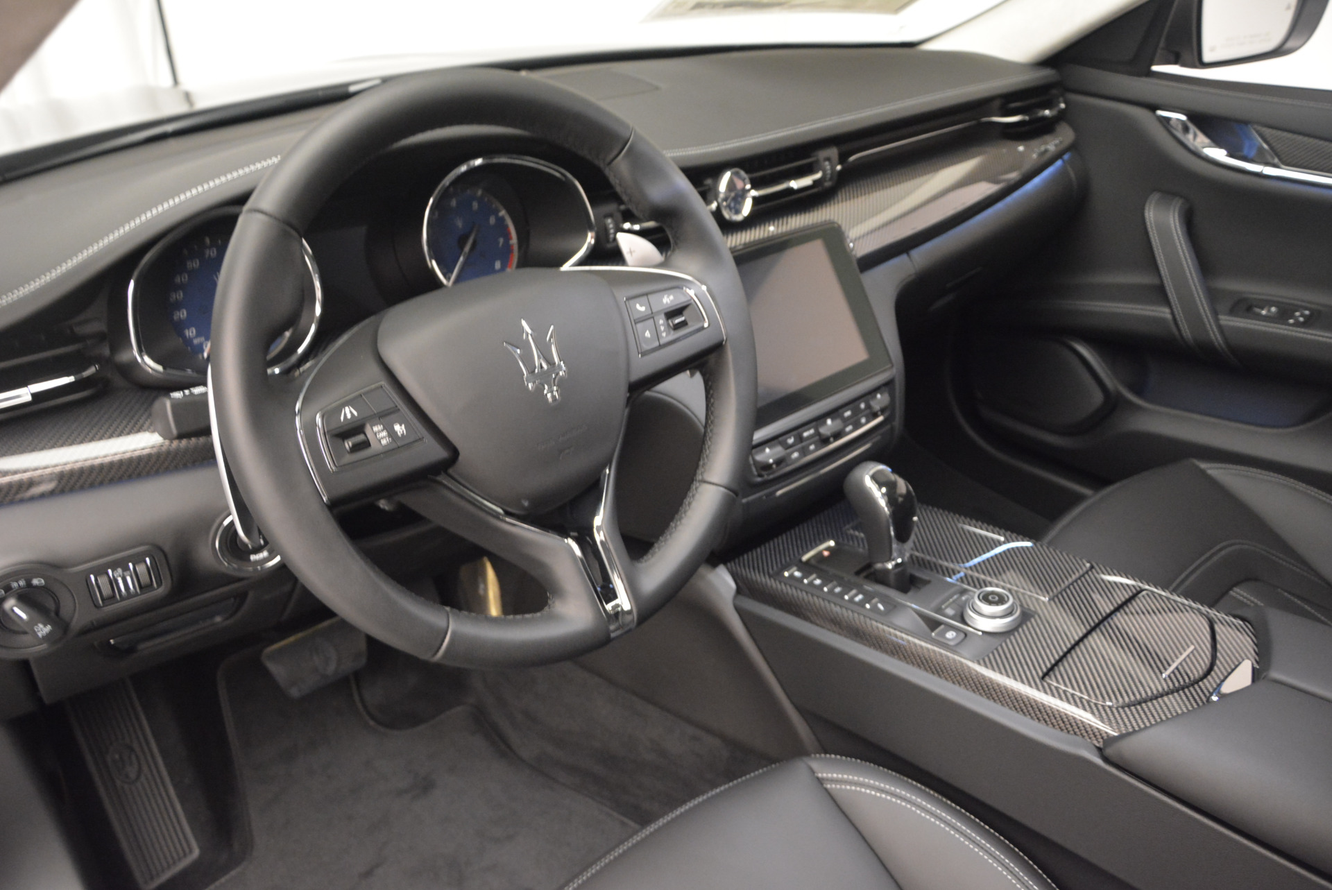 New 2017 Maserati Quattroporte S Q4 GranLusso For Sale In Greenwich, CT. Alfa Romeo of Greenwich, M1686 611_p13
