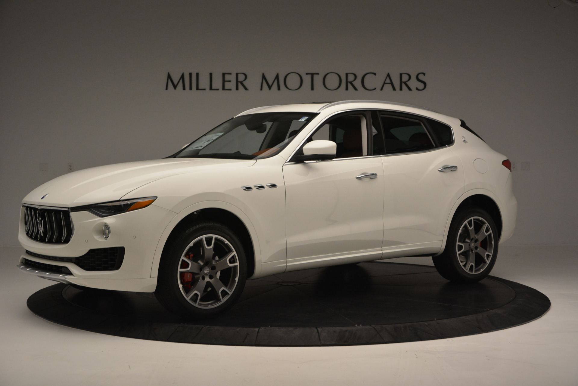 New 2017 Maserati Levante  For Sale In Greenwich, CT. Alfa Romeo of Greenwich, W339 614_p2