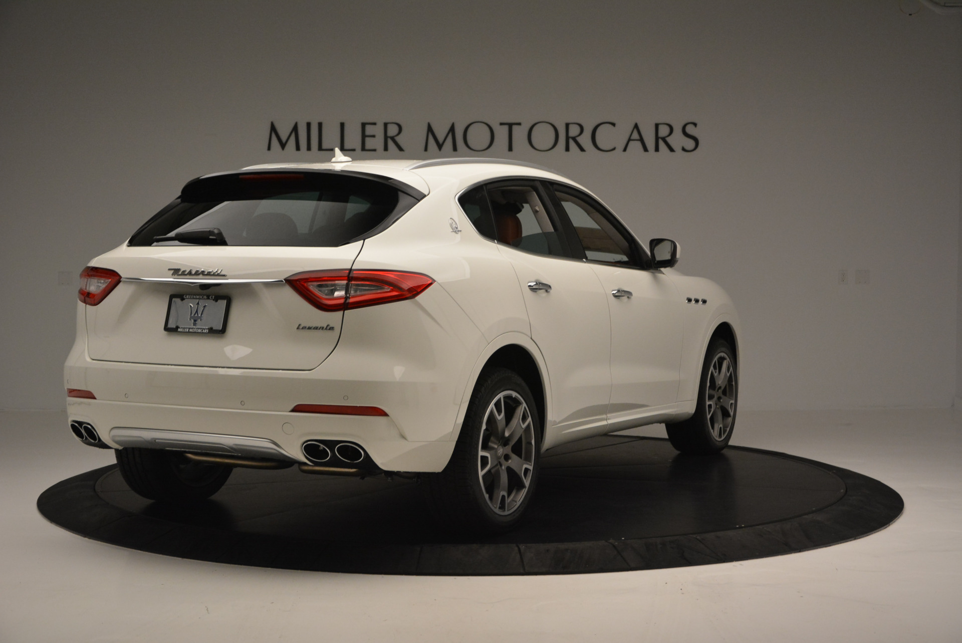 New 2017 Maserati Levante  For Sale In Greenwich, CT. Alfa Romeo of Greenwich, W339 614_p7