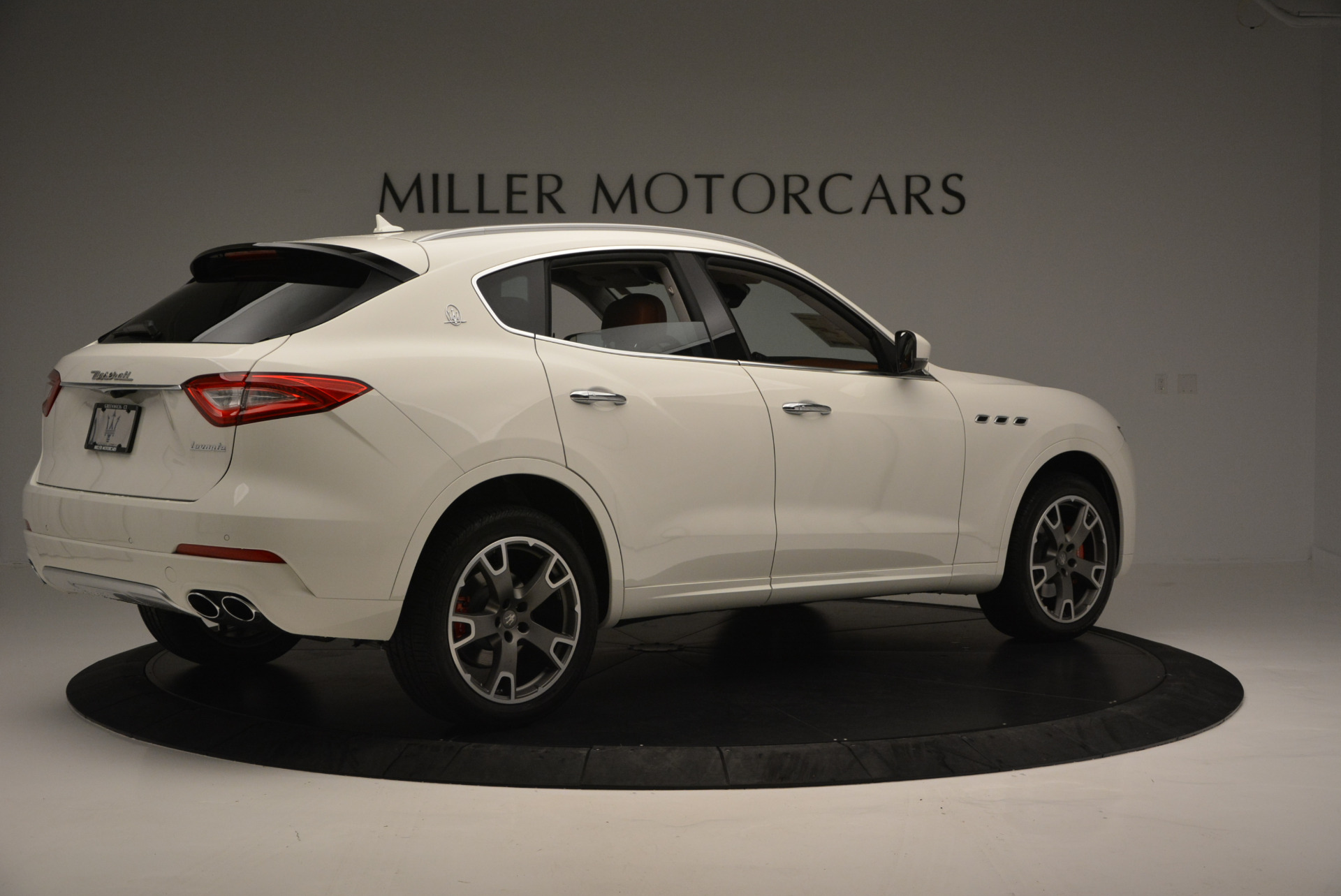 New 2017 Maserati Levante  For Sale In Greenwich, CT. Alfa Romeo of Greenwich, W339 614_p8