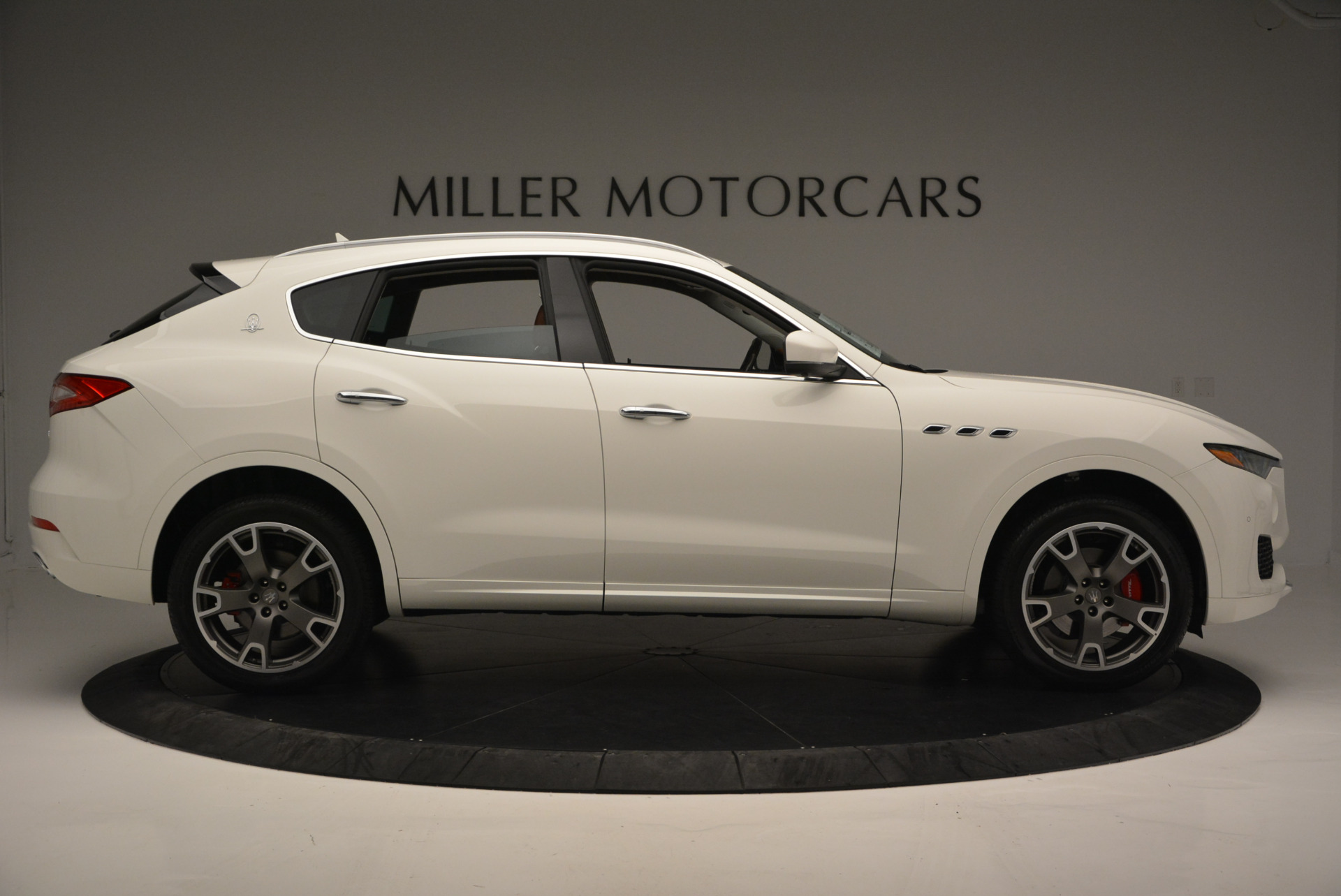 New 2017 Maserati Levante  For Sale In Greenwich, CT. Alfa Romeo of Greenwich, W339 614_p9