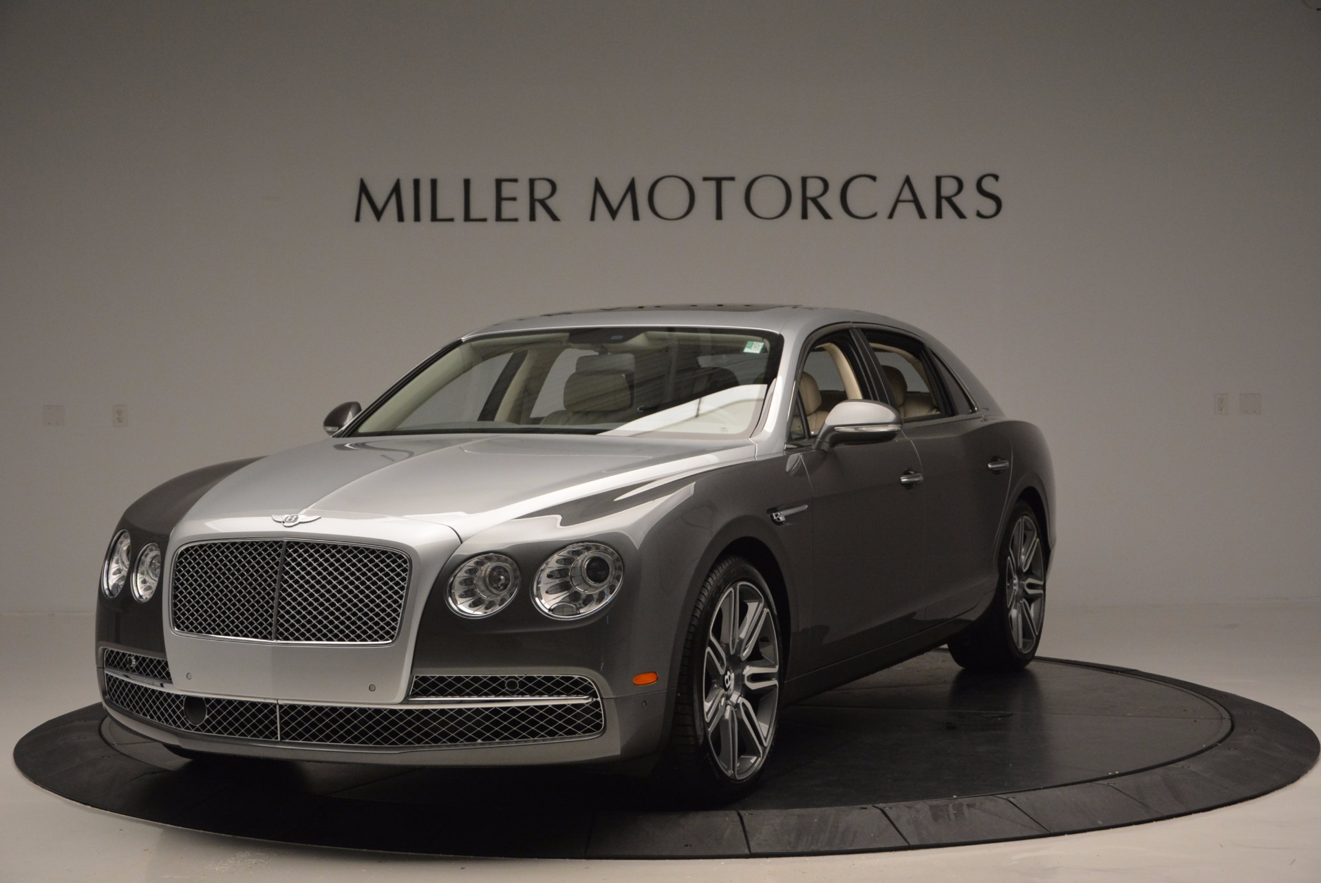 Used 2016 Bentley Flying Spur W12  For Sale In Greenwich, CT. Alfa Romeo of Greenwich, B1190