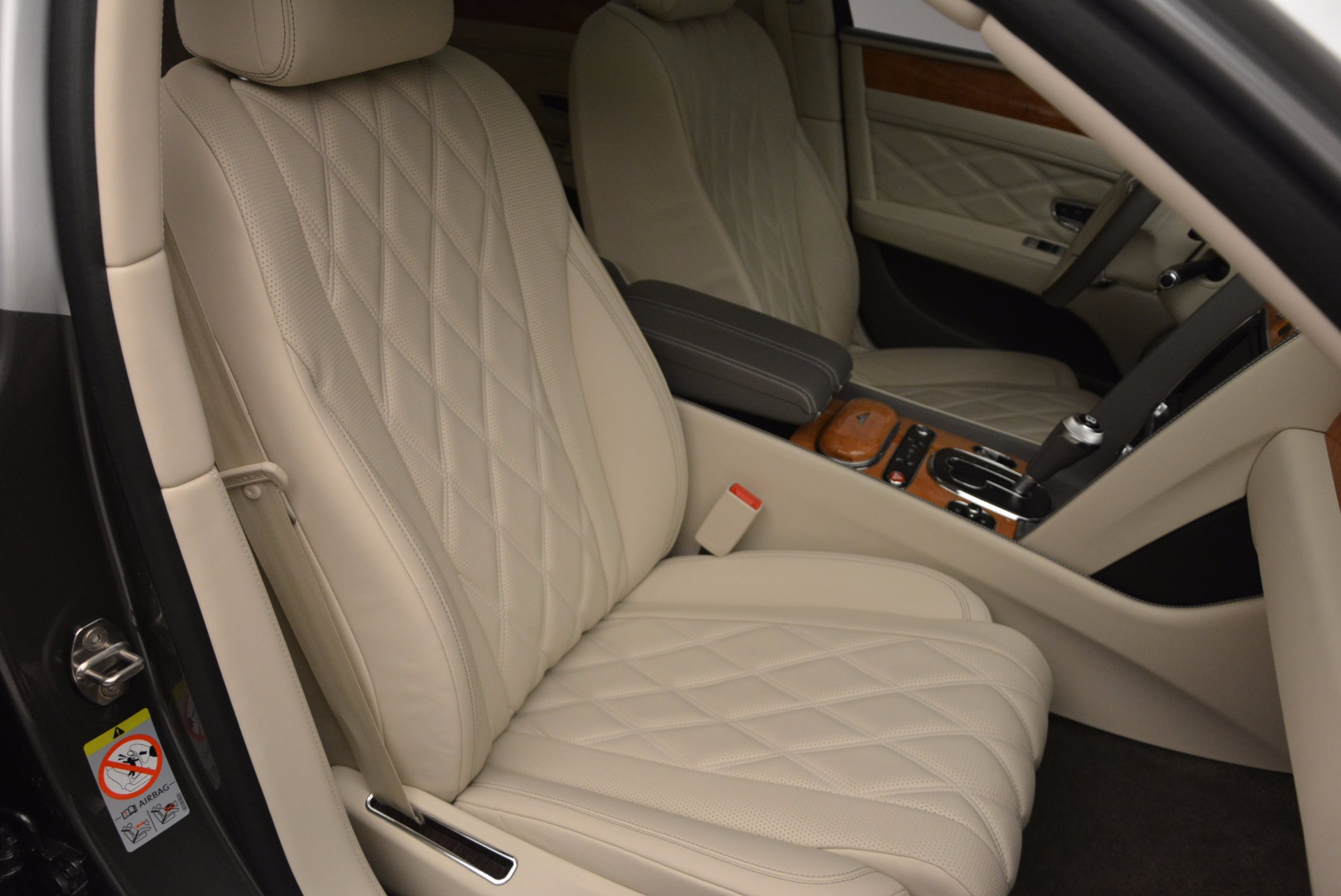 Used 2016 Bentley Flying Spur W12  For Sale In Greenwich, CT. Alfa Romeo of Greenwich, B1190 617_p20