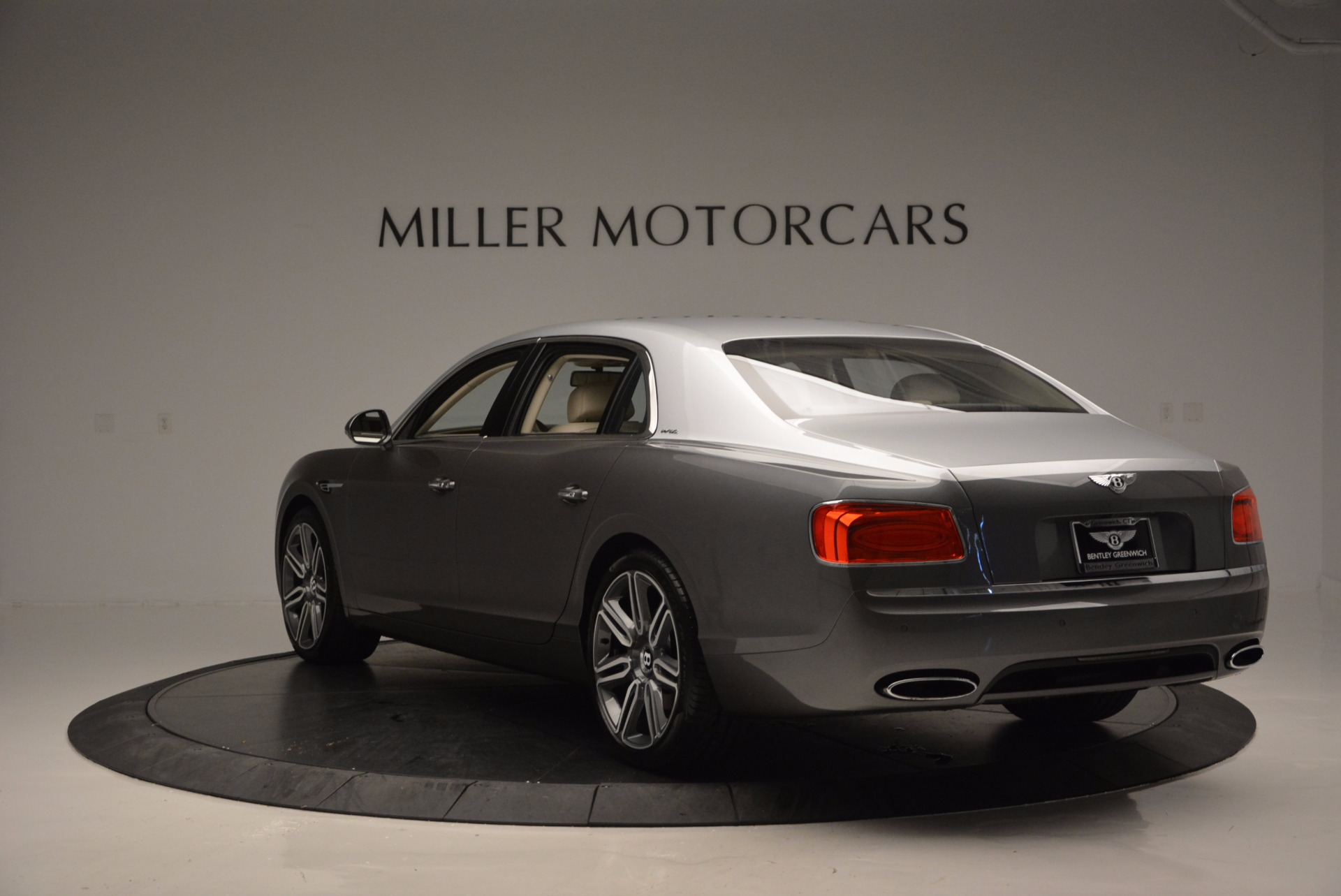 Used 2016 Bentley Flying Spur W12  For Sale In Greenwich, CT. Alfa Romeo of Greenwich, B1190 617_p5