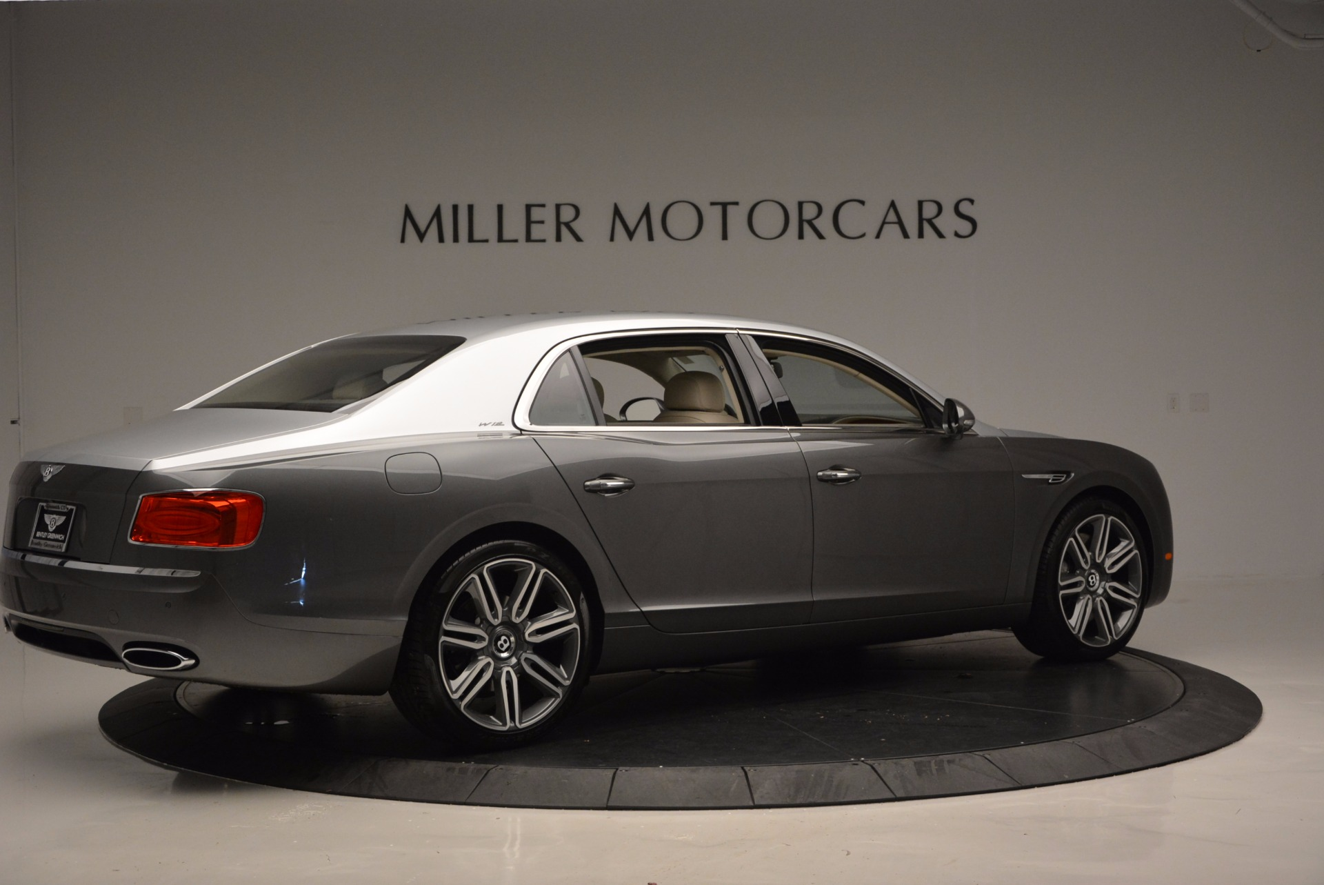 Used 2016 Bentley Flying Spur W12  For Sale In Greenwich, CT. Alfa Romeo of Greenwich, B1190 617_p8