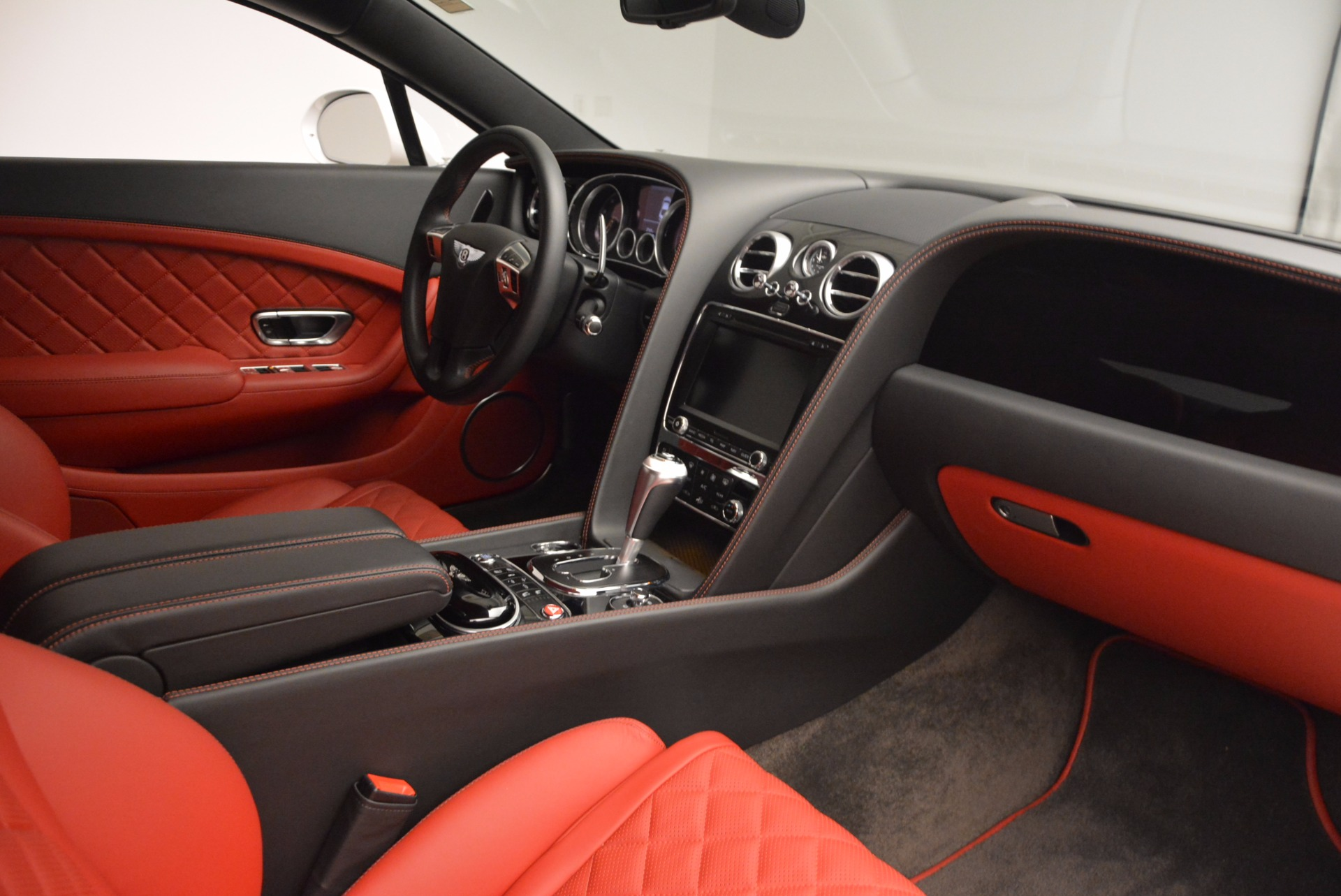 Used 2016 Bentley Continental GT  For Sale In Greenwich, CT. Alfa Romeo of Greenwich, B1191 618_p20