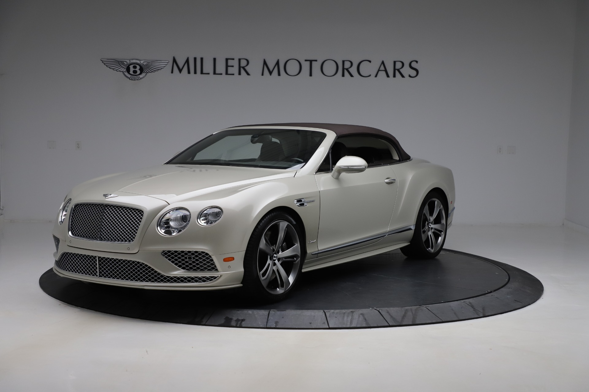 Used 2016 Bentley Continental GT Speed Convertible  For Sale In Greenwich, CT. Alfa Romeo of Greenwich, B1192 619_p14