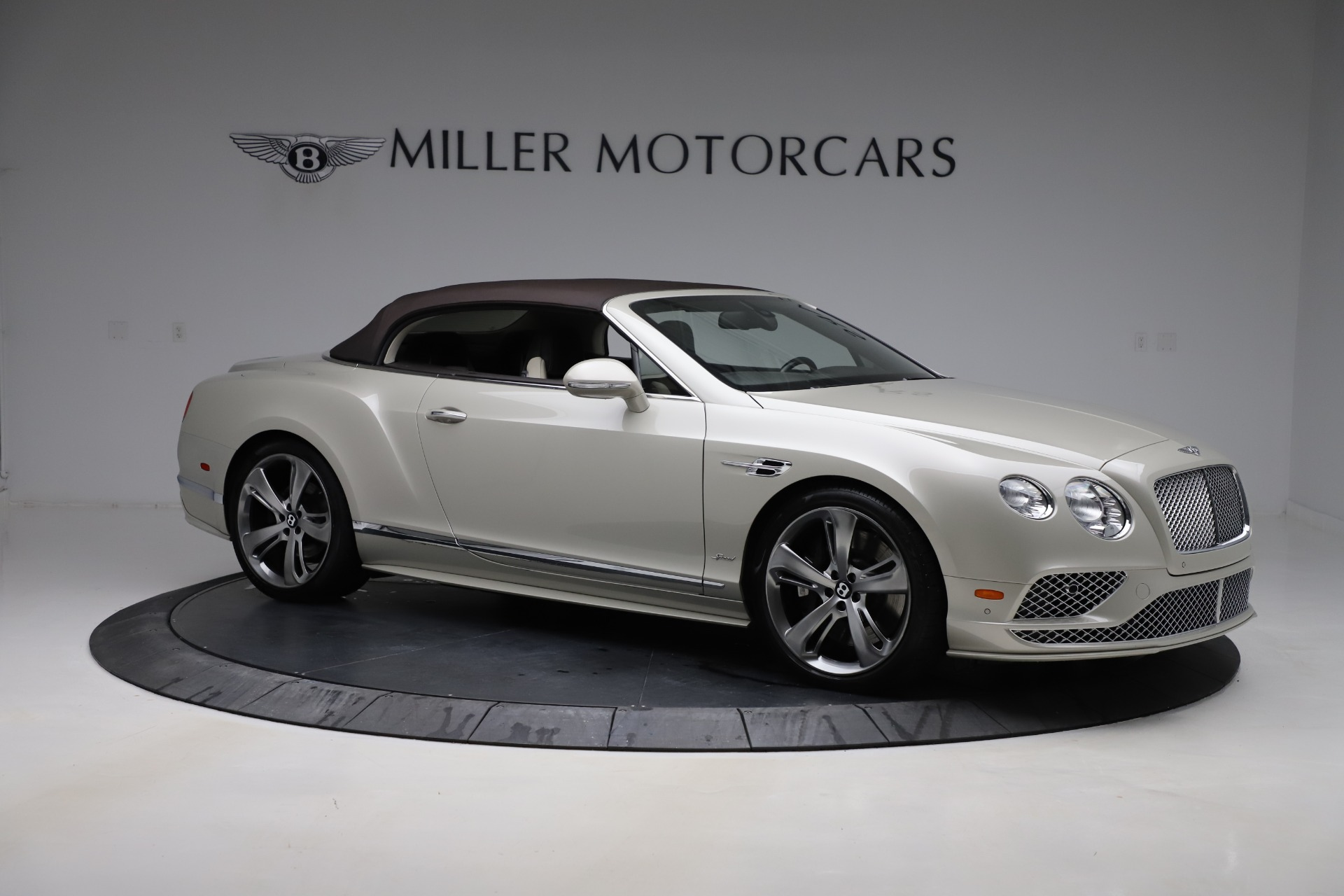 Used 2016 Bentley Continental GT Speed Convertible  For Sale In Greenwich, CT. Alfa Romeo of Greenwich, B1192 619_p20
