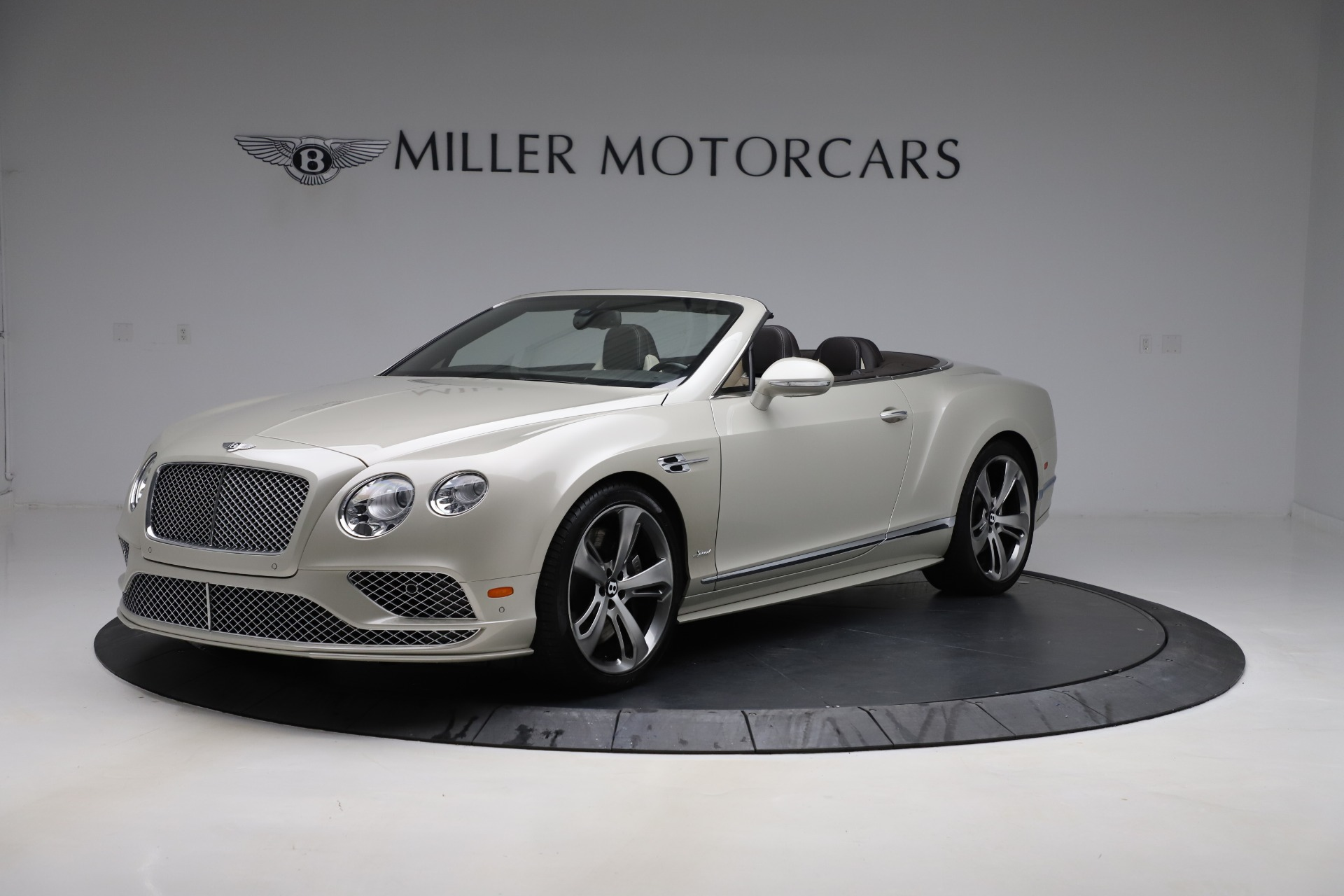 Used 2016 Bentley Continental GT Speed Convertible  For Sale In Greenwich, CT. Alfa Romeo of Greenwich, B1192 619_p2