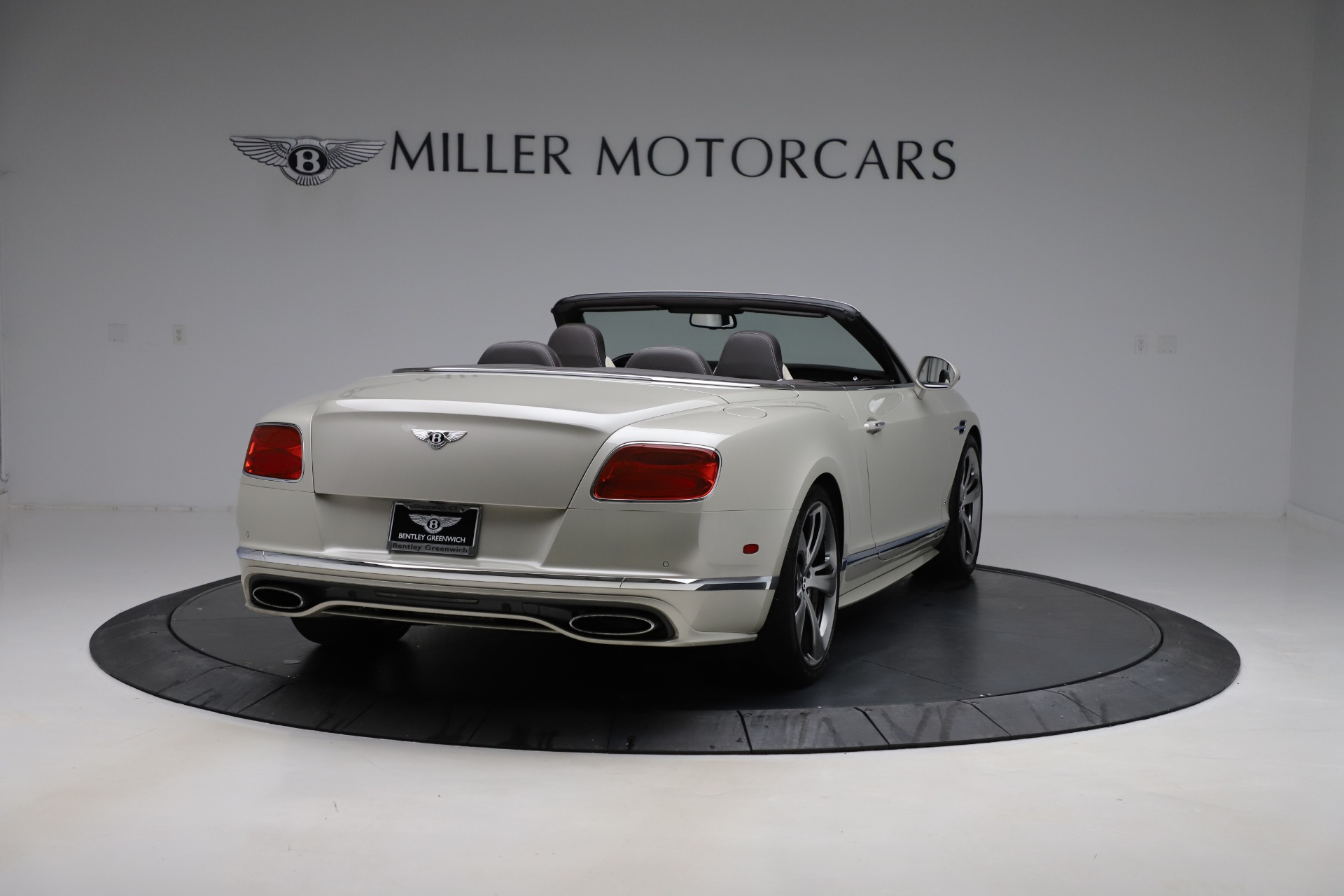Used 2016 Bentley Continental GT Speed Convertible  For Sale In Greenwich, CT. Alfa Romeo of Greenwich, B1192 619_p8
