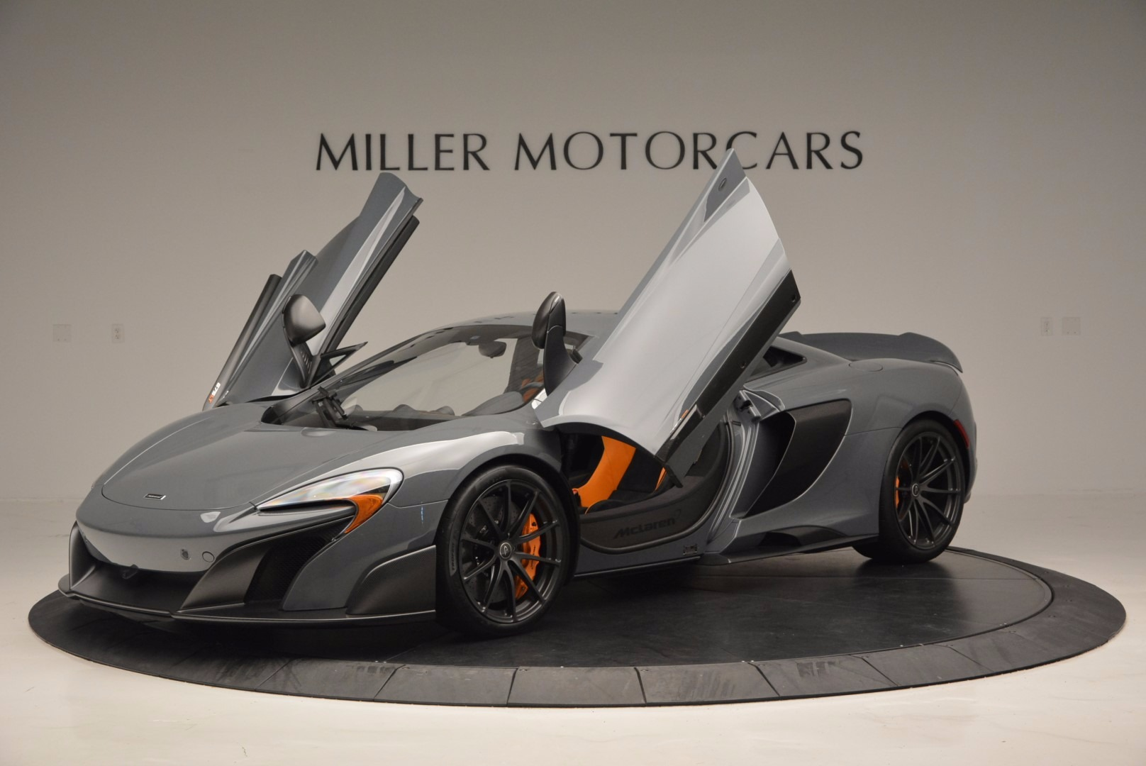 Used 2016 McLaren 675LT  For Sale In Greenwich, CT. Alfa Romeo of Greenwich, 3090 628_p14