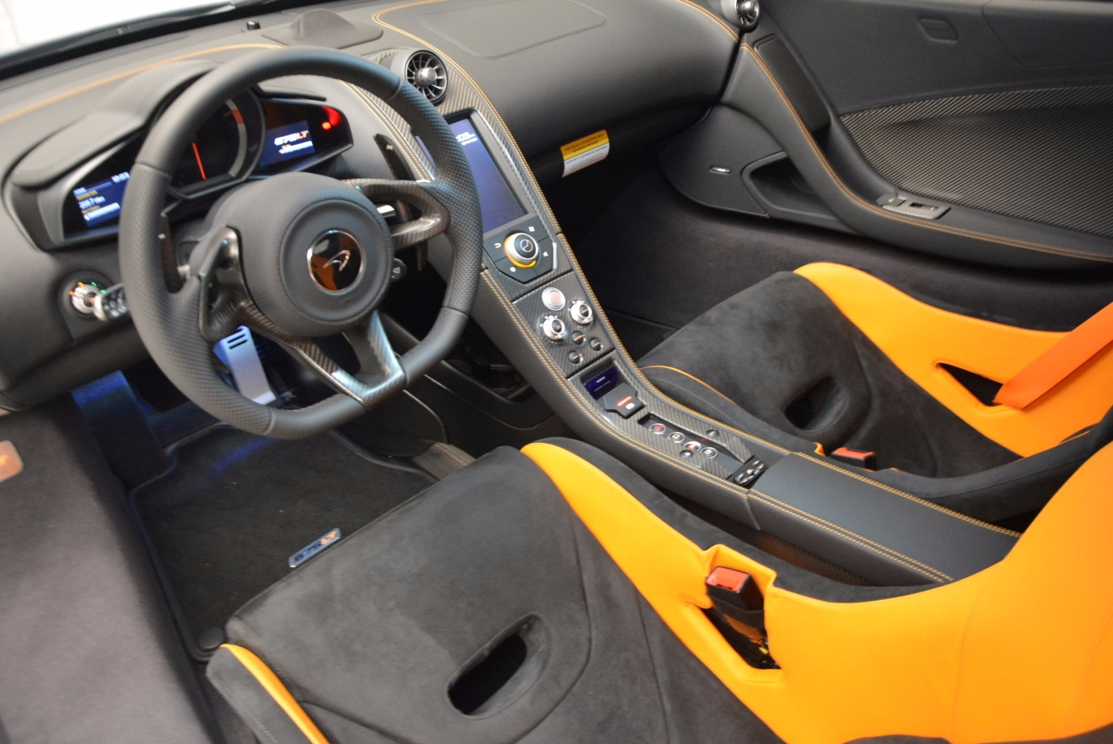Used 2016 McLaren 675LT  For Sale In Greenwich, CT. Alfa Romeo of Greenwich, 3090 628_p16